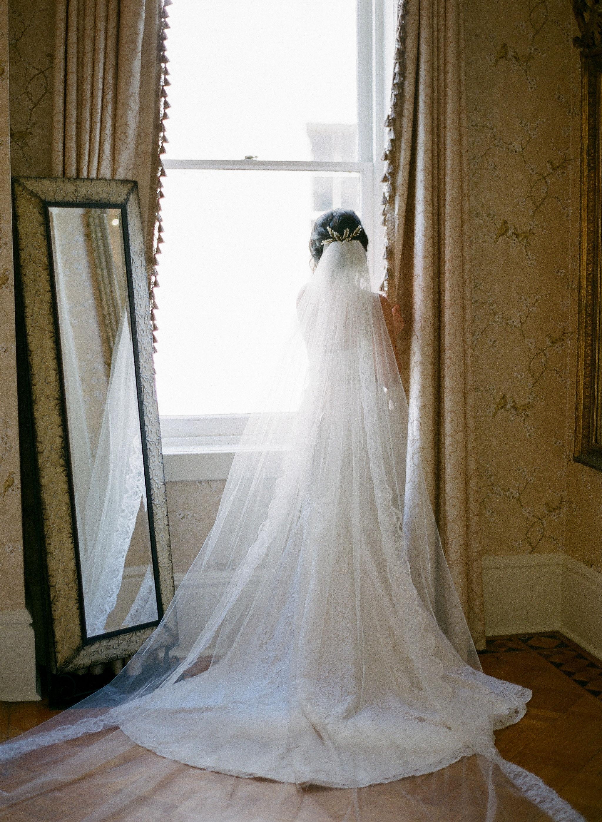 23-ivory-and-beau-bridal-boutique-wedding-dress-bridal-shop-alexjanelle_joshmorehousephotography-54.jpg