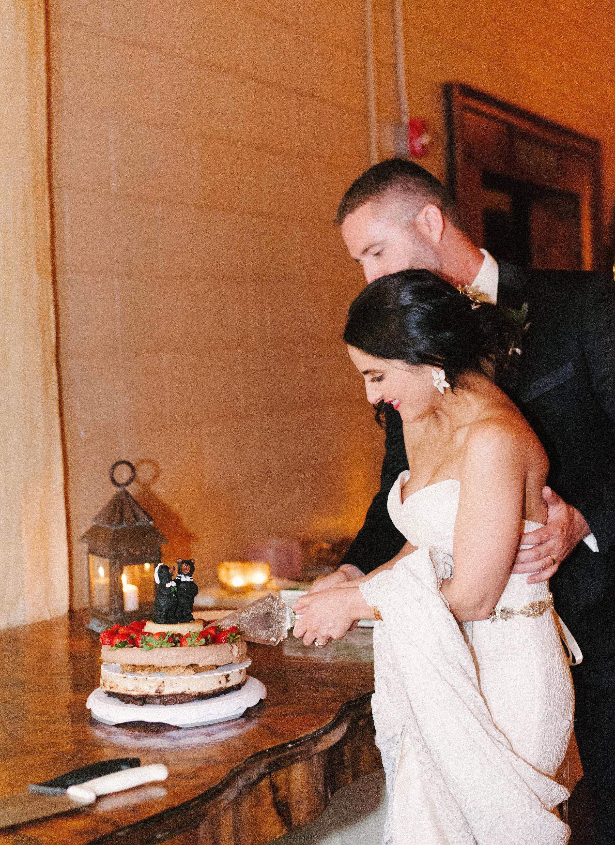 12-ivory-and-beau-bridal-boutique-wedding-dress-bridal-shop-alexjanelle_joshmorehousephotography-428.jpg