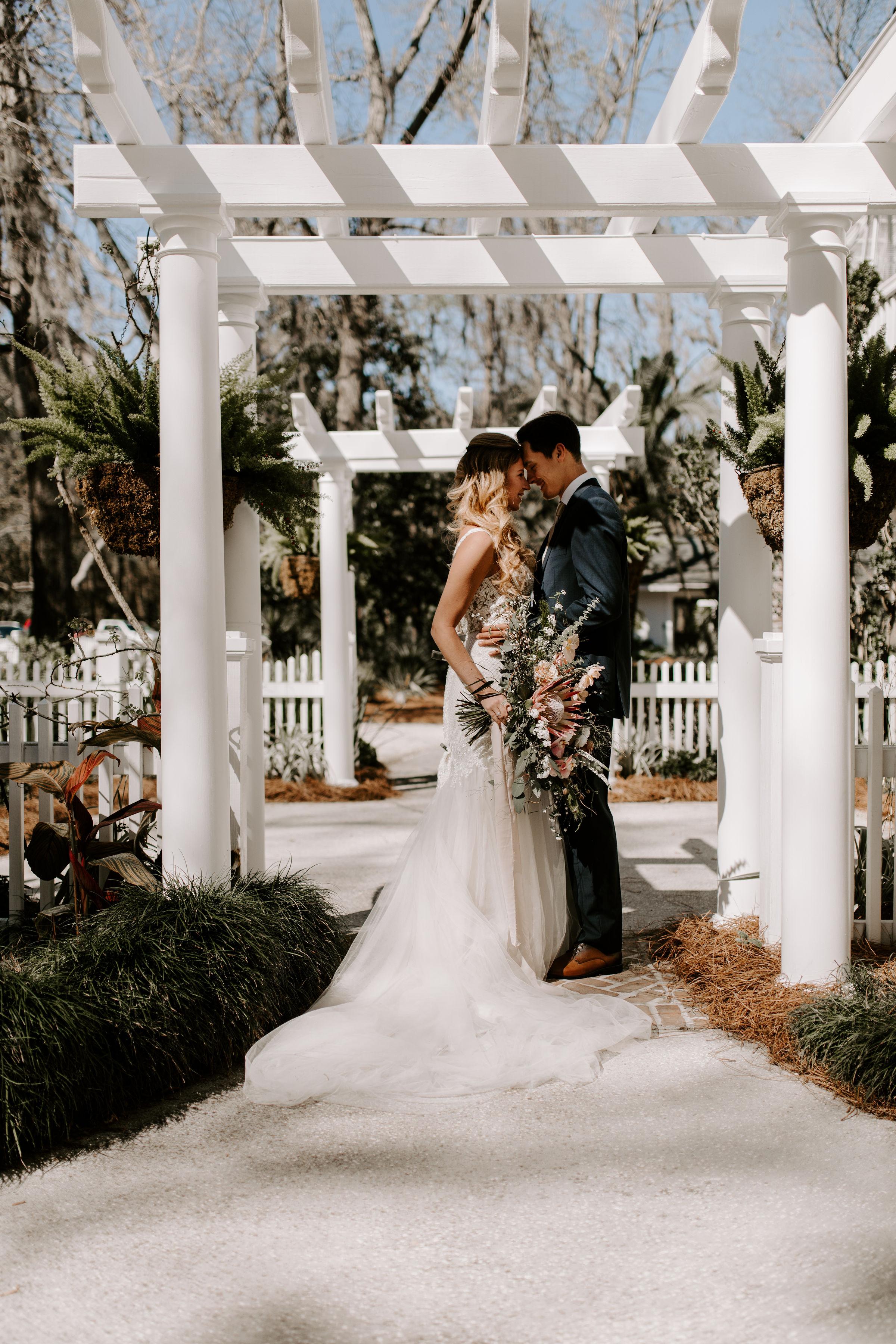 ivory-and-beau-blog-mackey-house-styled-shoot-savannah-wedding-bridal-boutique-savannah-florist-southern-wedding-_G5A1553.jpg