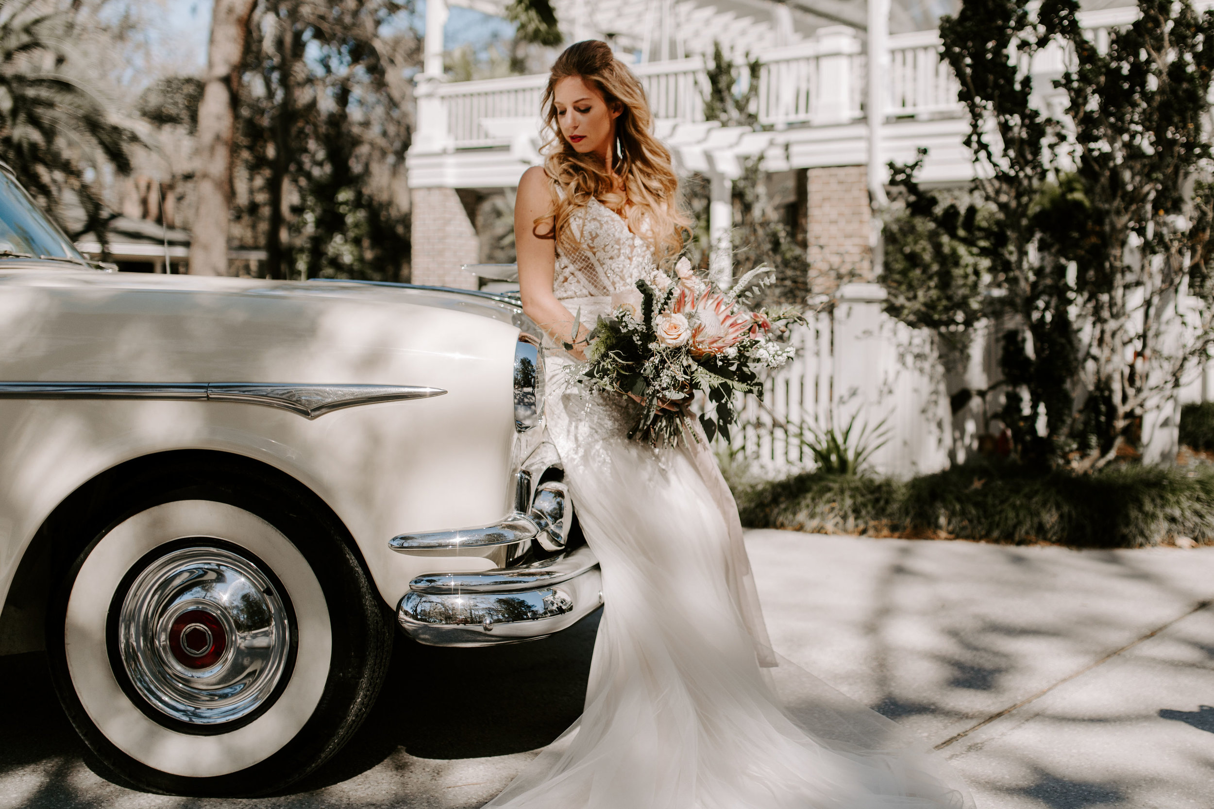 ivory-and-beau-blog-mackey-house-styled-shoot-savannah-wedding-bridal-boutique-savannah-florist-southern-wedding-_G5A1567.jpg