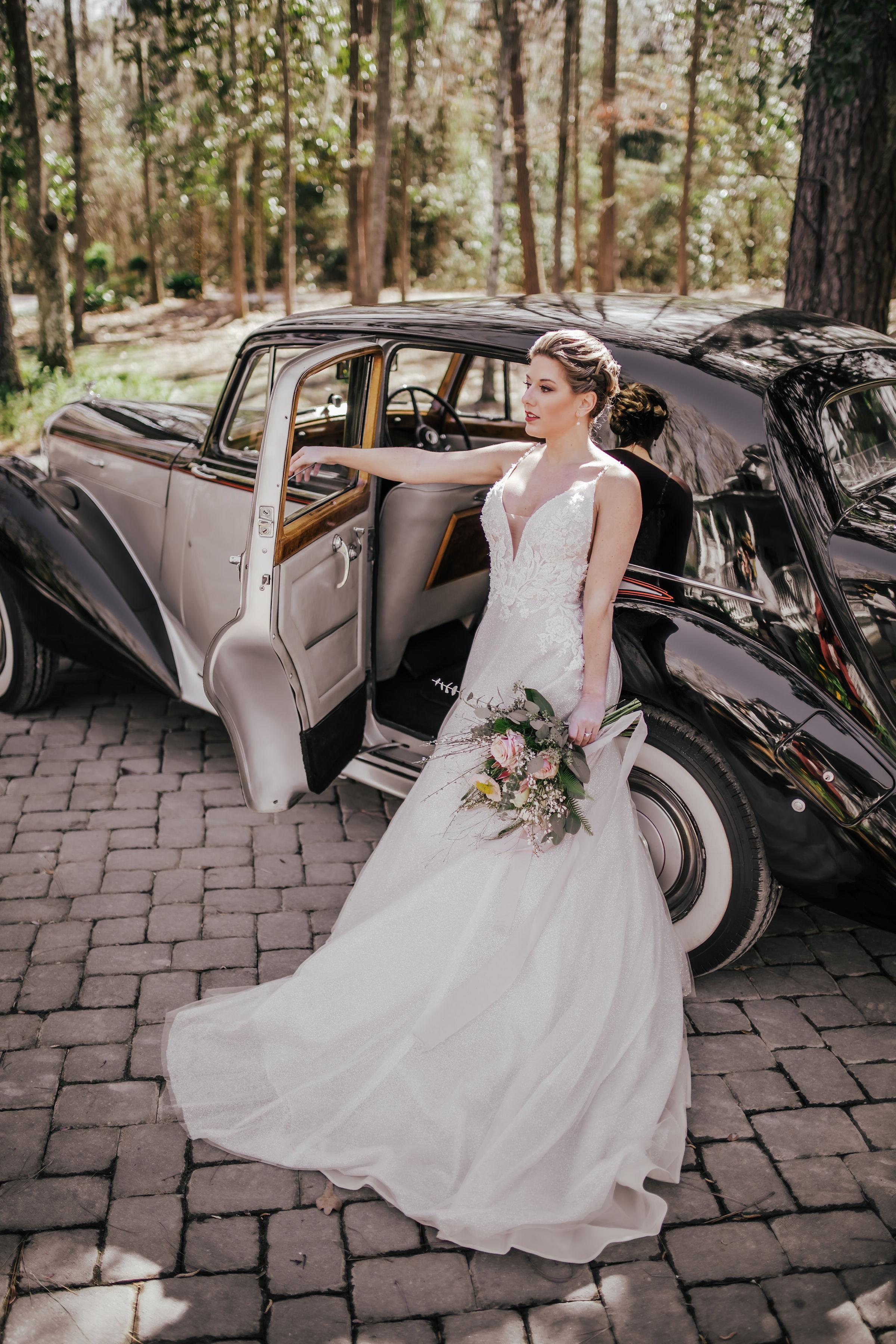 ivory-and-beau-blog-mackey-house-styled-shoot-savannah-wedding-bridal-boutique-savannah-florist-southern-wedding-_G5A1715.jpg