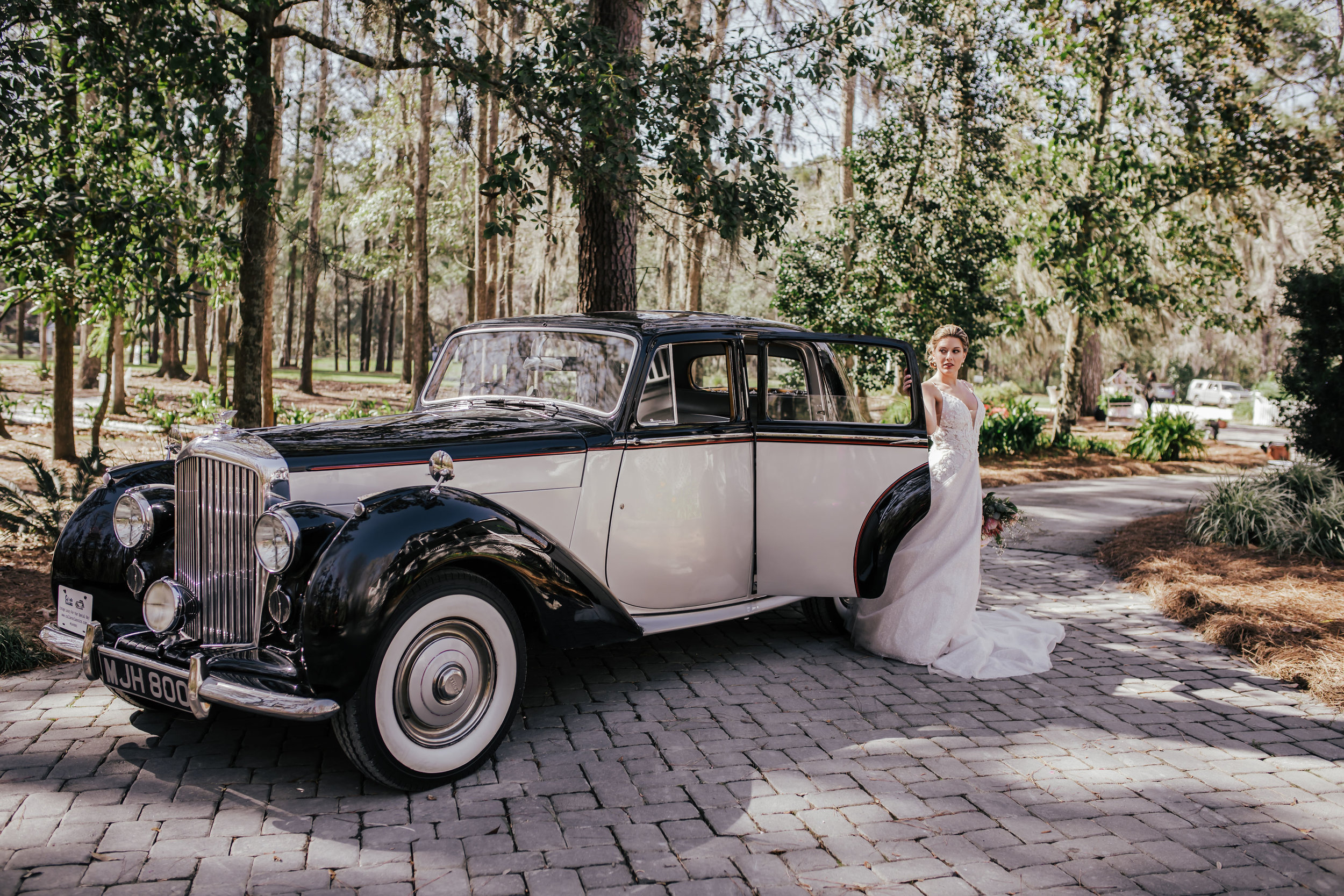 ivory-and-beau-blog-mackey-house-styled-shoot-savannah-wedding-bridal-boutique-savannah-florist-southern-wedding-_G5A1739.jpg