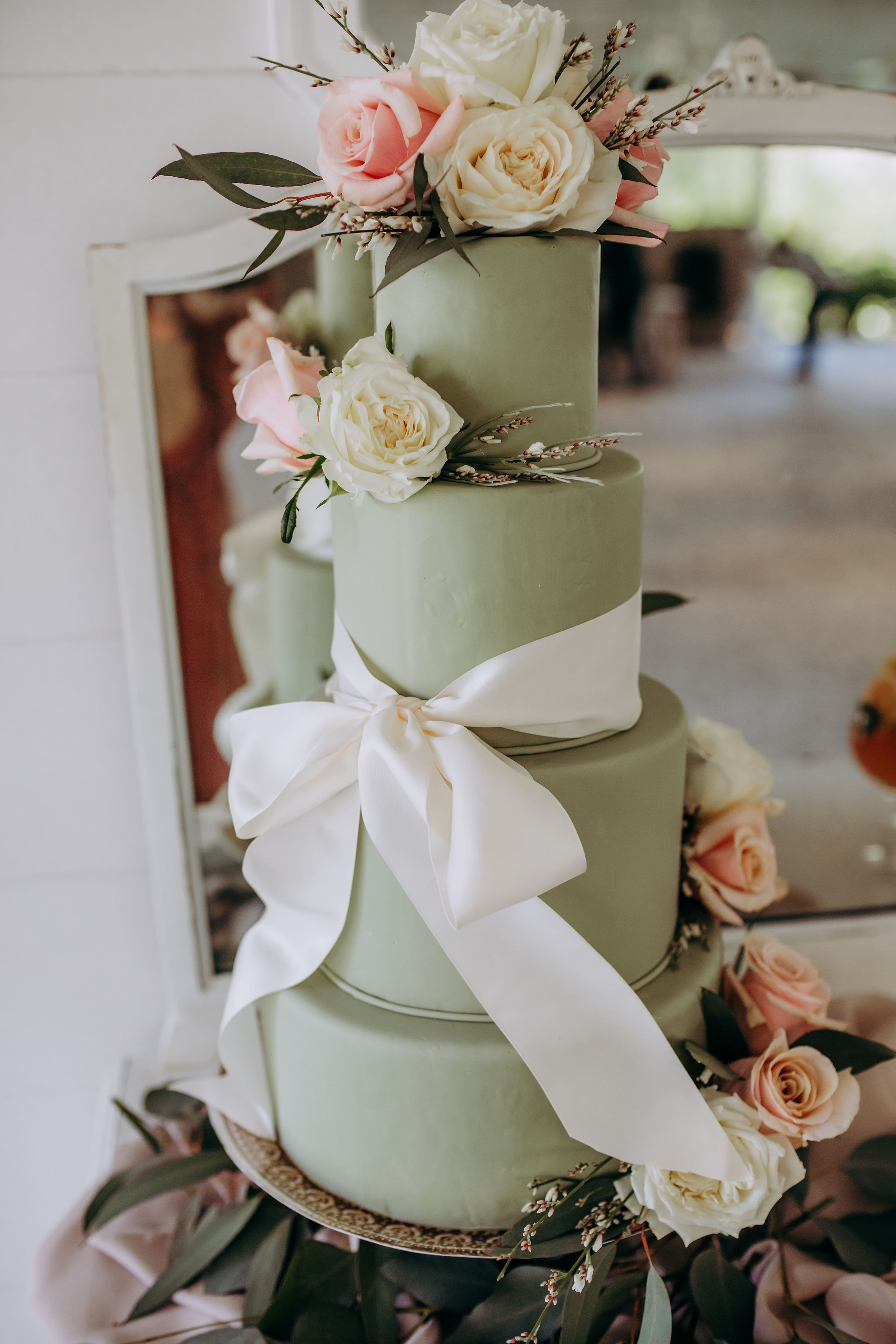 ivory-and-beau-blog-mackey-house-styled-shoot-savannah-wedding-bridal-boutique-savannah-florist-southern-wedding-_G5A2020.jpg