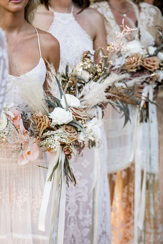 ivory-and-beau-blog-post-color-palette-rose-gold-and-bronze-bouquet-wedding-flowers-4270cf9a570ecdd492e71fe26bb33386.jpg