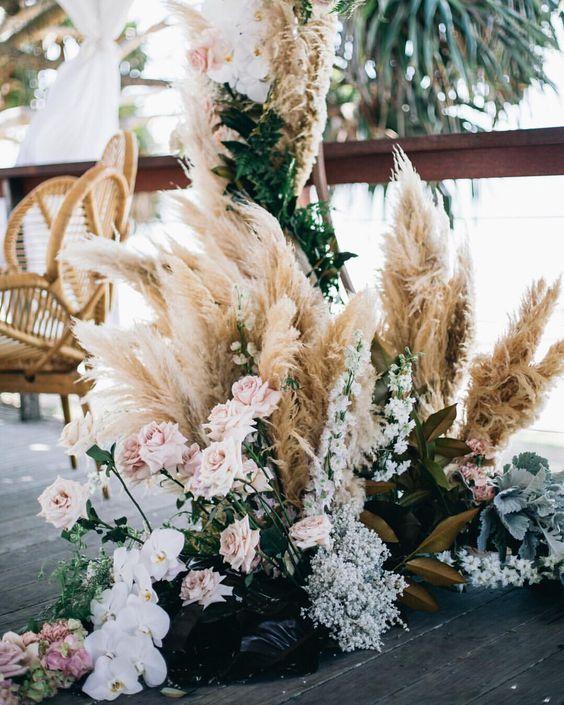 ivory-and-beau-wedding-color-palette-blog-rose-gold-andb-bronze-29722c470082d0fb0fb9d19afa6568fa.jpg