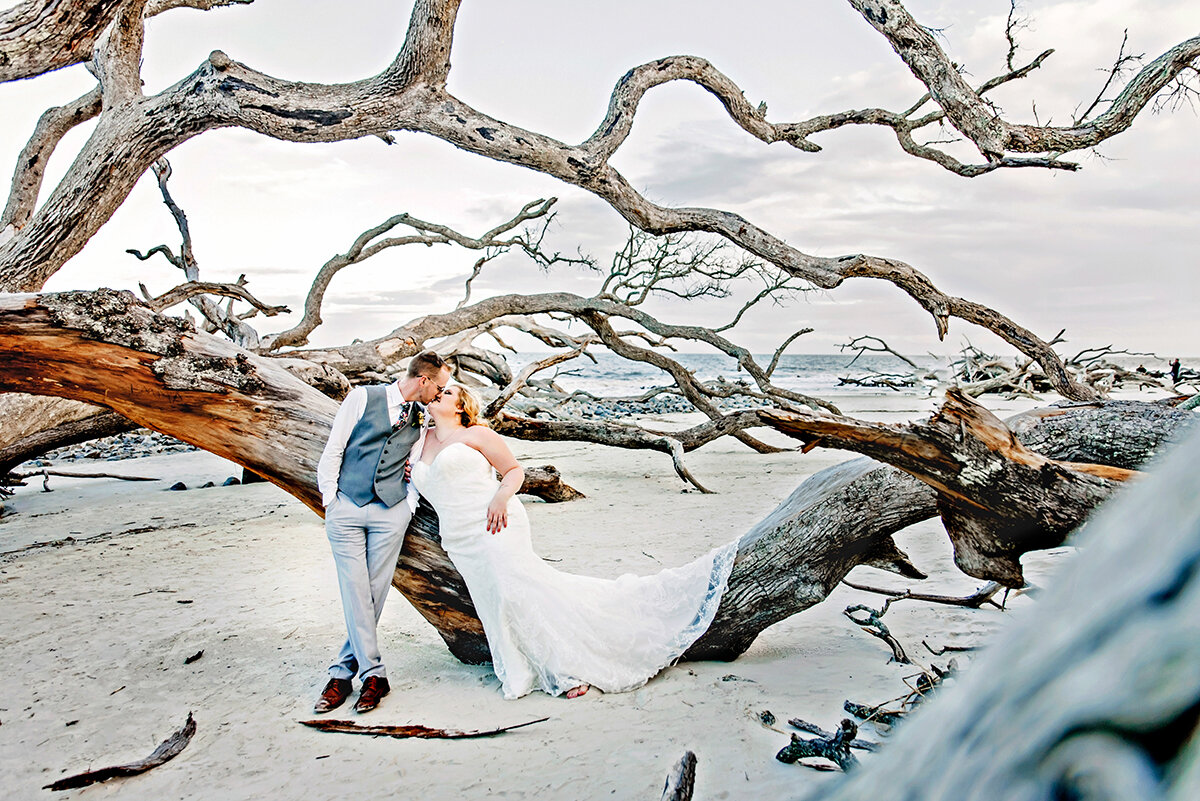 ivory-and-beau-wedding-dress-bridal-boutique-savannah-wedding-planning-Georgeff_After Wedding Portraits-64.jpg