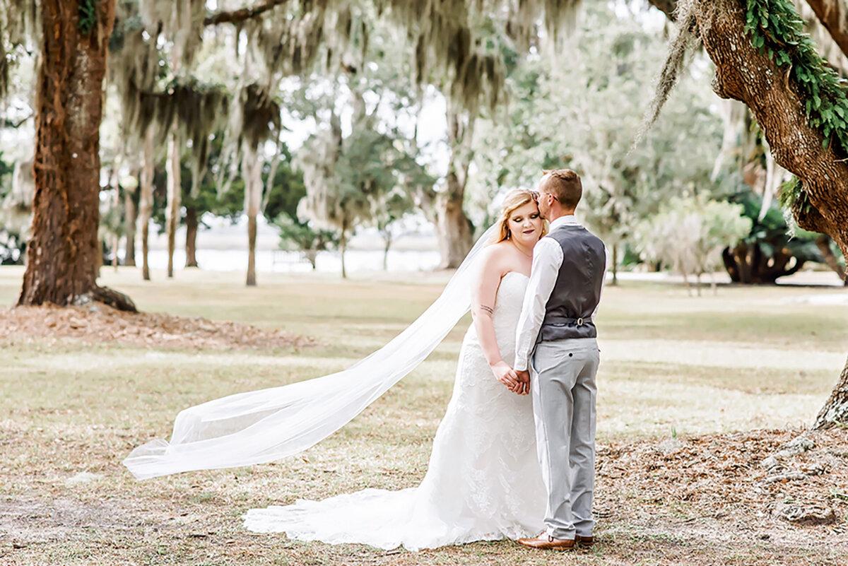 ivory-and-beau-wedding-dress-bridal-boutique-savannah-wedding-planning-Georgeff_First Look-62.jpg