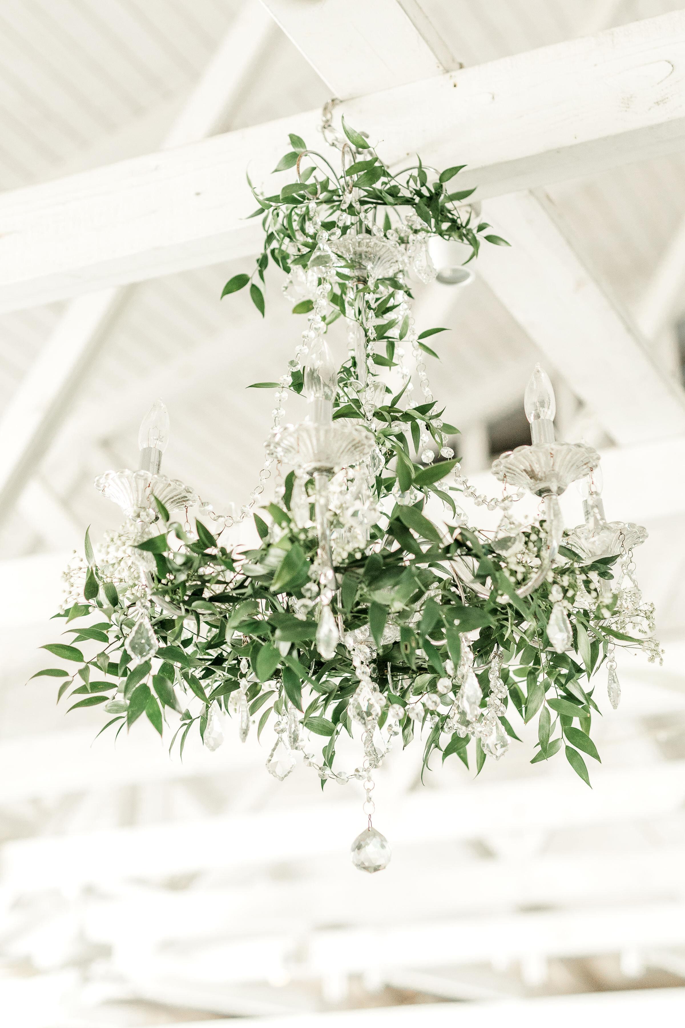 greenery-chandiler-hanging-greenry-classic-detail-hanging-floral-green-southern-wedding-mackey-house.jpg