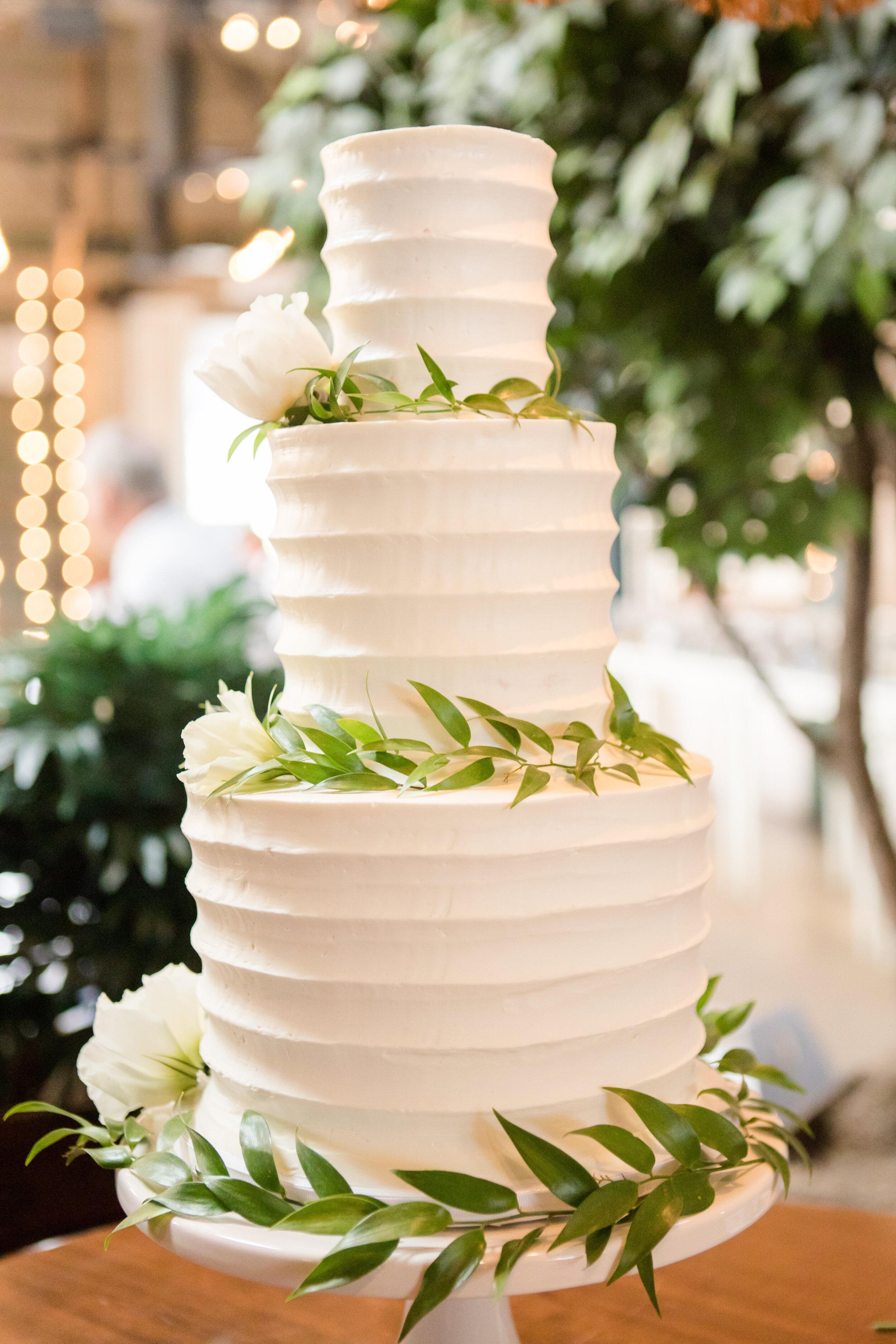 ivory-and-beau-bride-wedding-dresses-bridal-boutique-bridal-shop-savannah-wedding-shop-DGP_SohoSouthCafe_Swanagin-Mullis-495.JPG