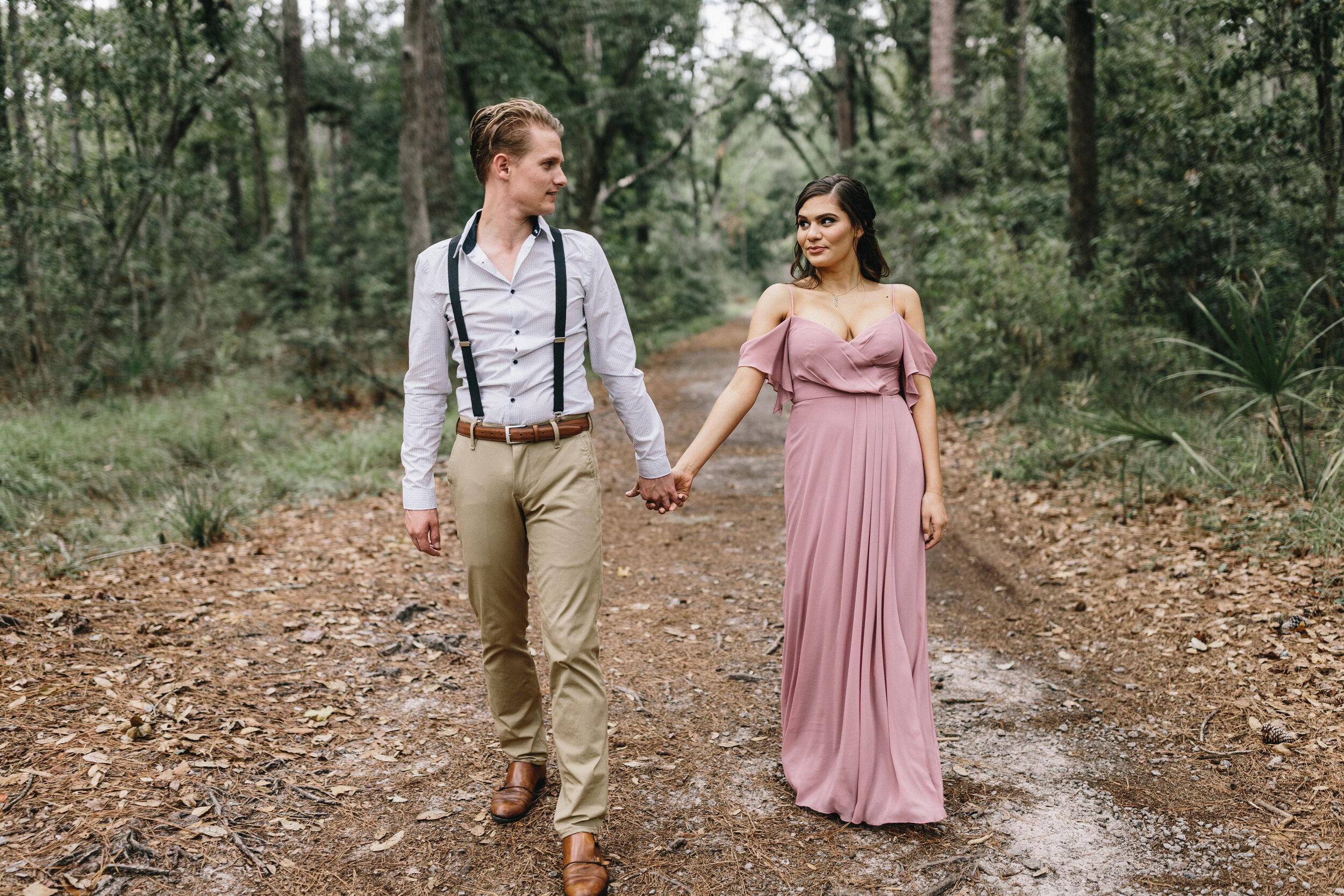 ivory-and-beau-couple-weddings-engagement-session-savannah-weddings-Mary+Cameron_engagementsession-15.jpg