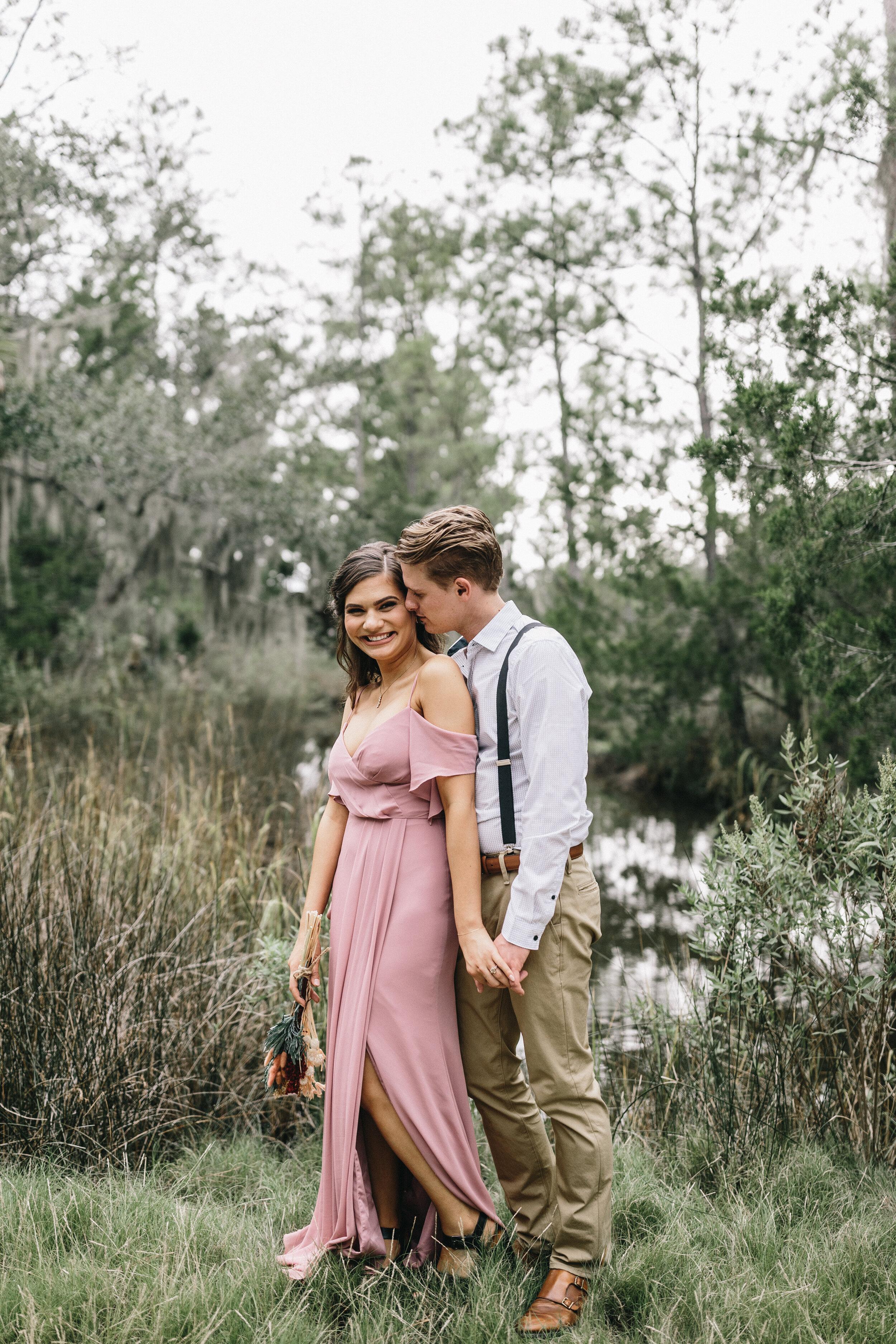 ivory-and-beau-couple-weddings-engagement-session-savannah-weddings-Mary+Cameron_engagementsession-7.jpg