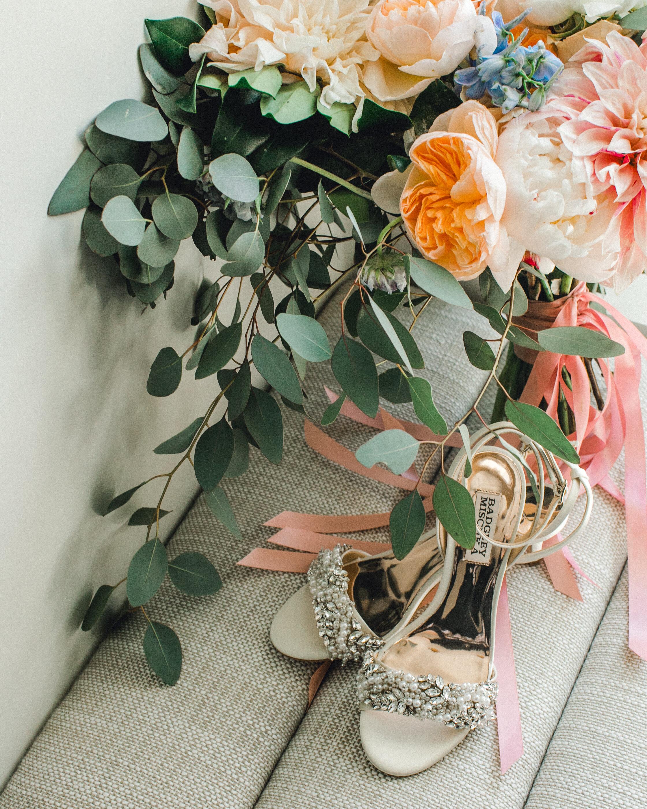 ivory-and-beau-blog-weddings-ivory-and-beau-couple-dominique-and-andres-savannah-florist-wedding-planning-savannah-bridal-boutique-wedding-flowers-KIP_WEBERWEDDING_RAILROADMUSEUM-27.JPG