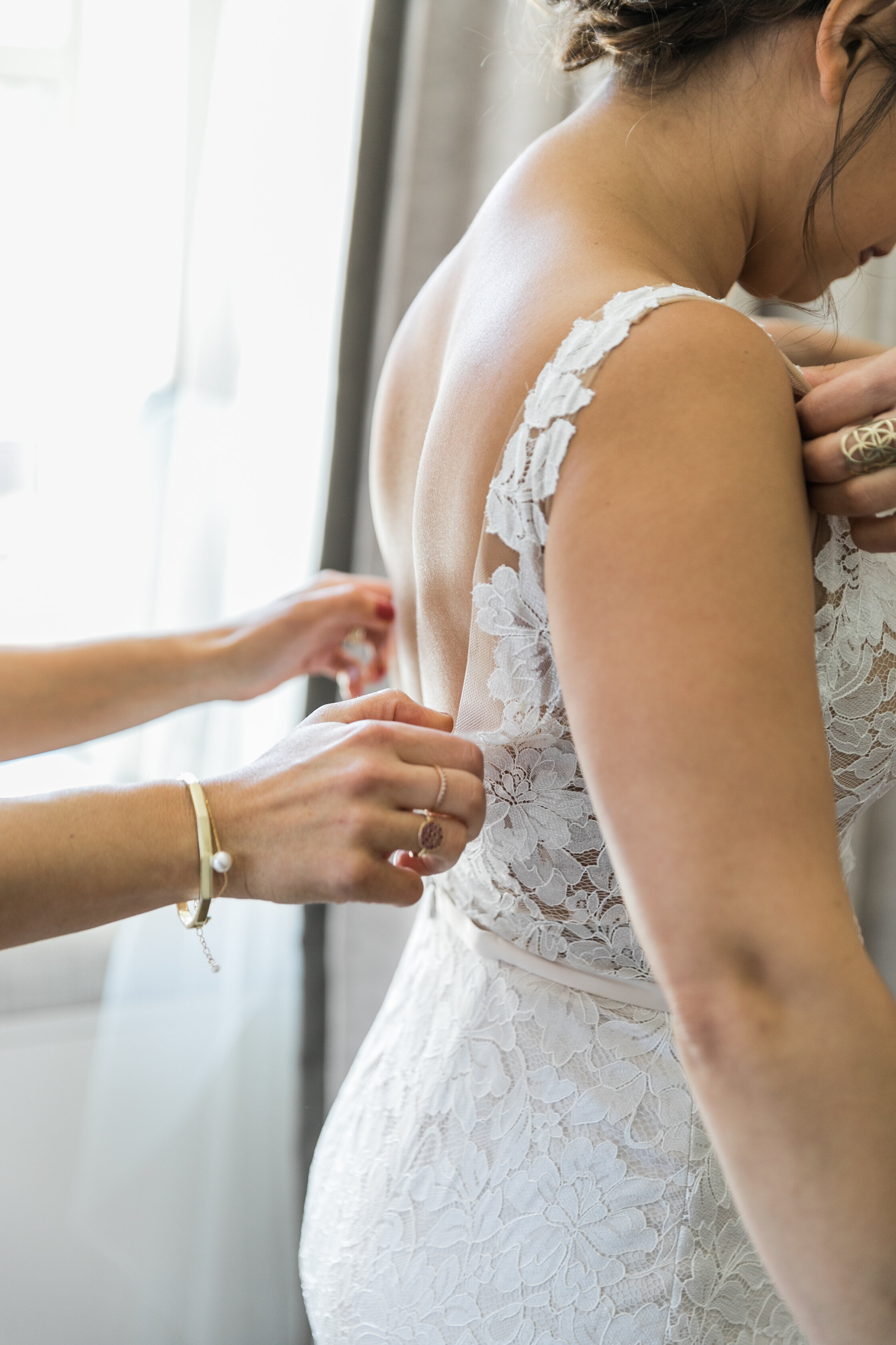 ivory-and-beau-blog-weddings-ivory-and-beau-couple-dominique-and-andres-savannah-florist-wedding-planning-savannah-bridal-boutique-wedding-flowers-KIP_WEBERWEDDING_RAILROADMUSEUM-202.JPG