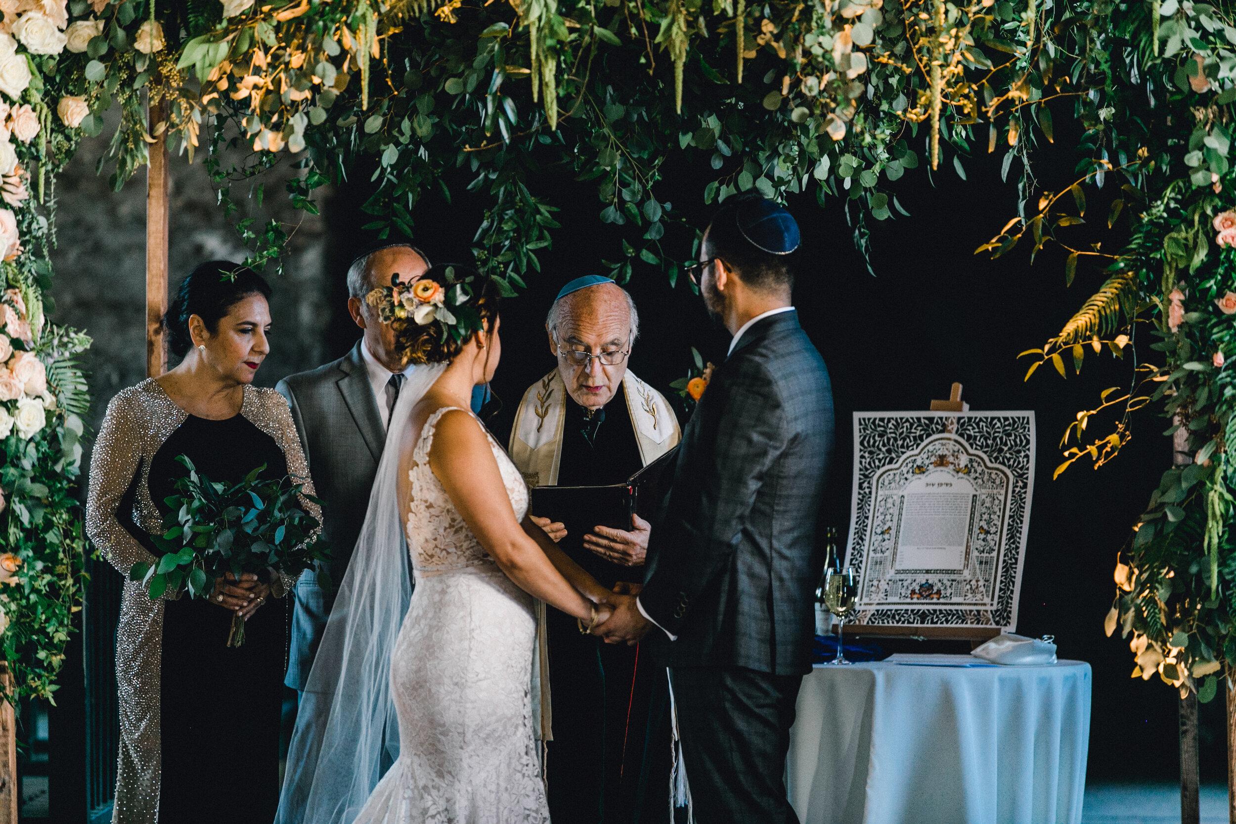 ivory-and-beau-blog-weddings-ivory-and-beau-couple-dominique-and-andres-savannah-florist-wedding-planning-savannah-bridal-boutique-wedding-flowers-KIP_WEBERWEDDING_RAILROADMUSEUM-855.JPG