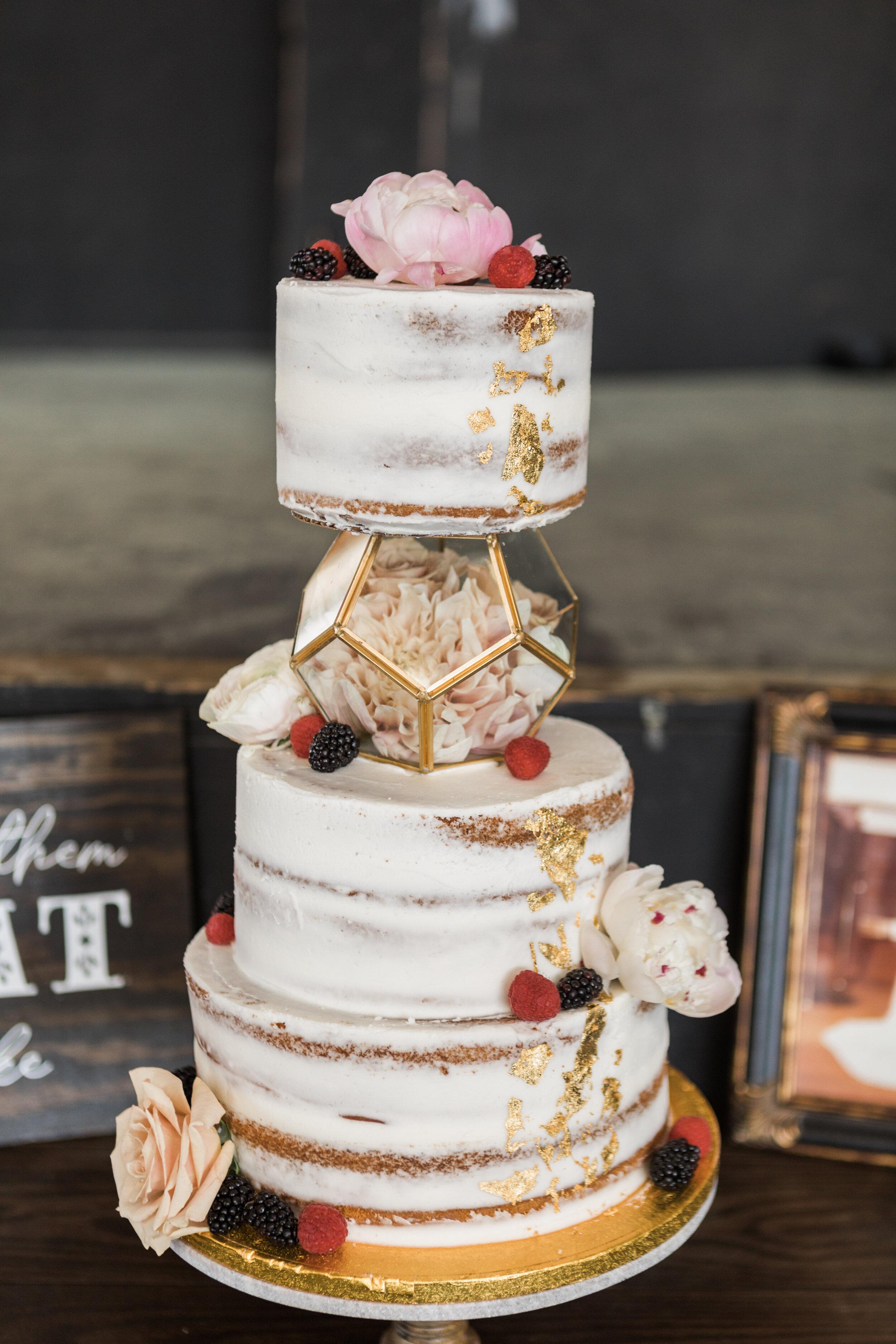 ivory-and-beau-blog-weddings-ivory-and-beau-couple-dominique-and-andres-savannah-florist-wedding-planning-savannah-bridal-boutique-wedding-flowers-KIP_WEBERWEDDING_RAILROADMUSEUM-1141.JPG