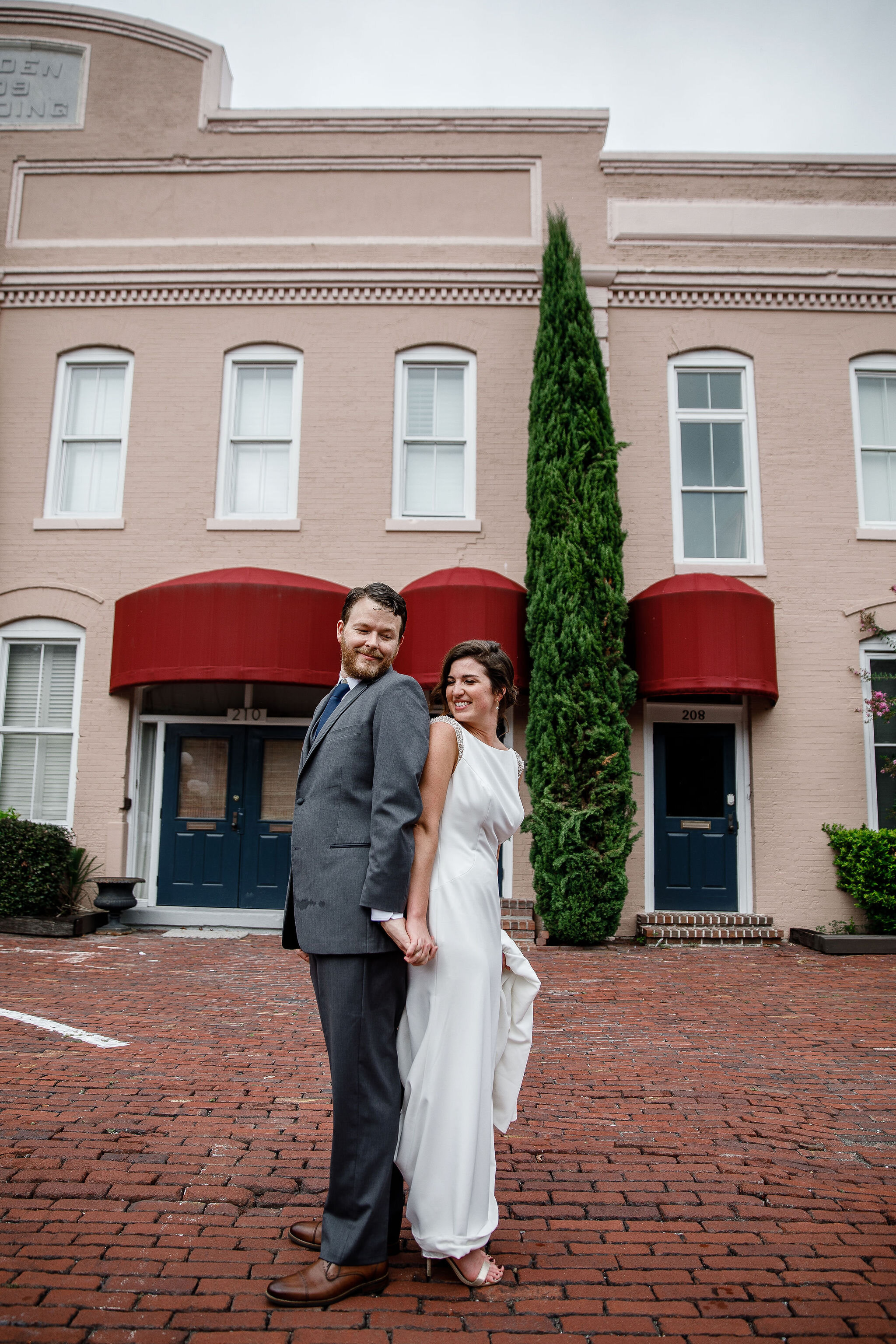 ivory-and-beau-blog-couple-and-florals-shannon-and-mike-wedding-savannah-wedding-planner-savannah-florist-savannah-wedding-southern-florist-southern-wedding-alida-hotel-205.jpg