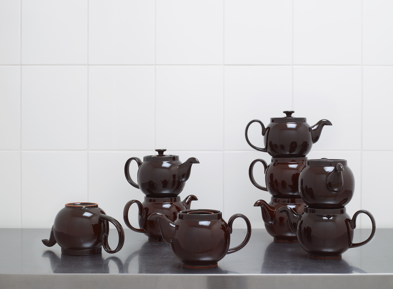 Ian McIntyre    Re-engineered Brown Betty teapots  Made in Stoke-on-Trent from Etruria Marl clay Nominated for Beazley Designs of the Year at the London Design Museum, 2018 Photography by Angela Moore