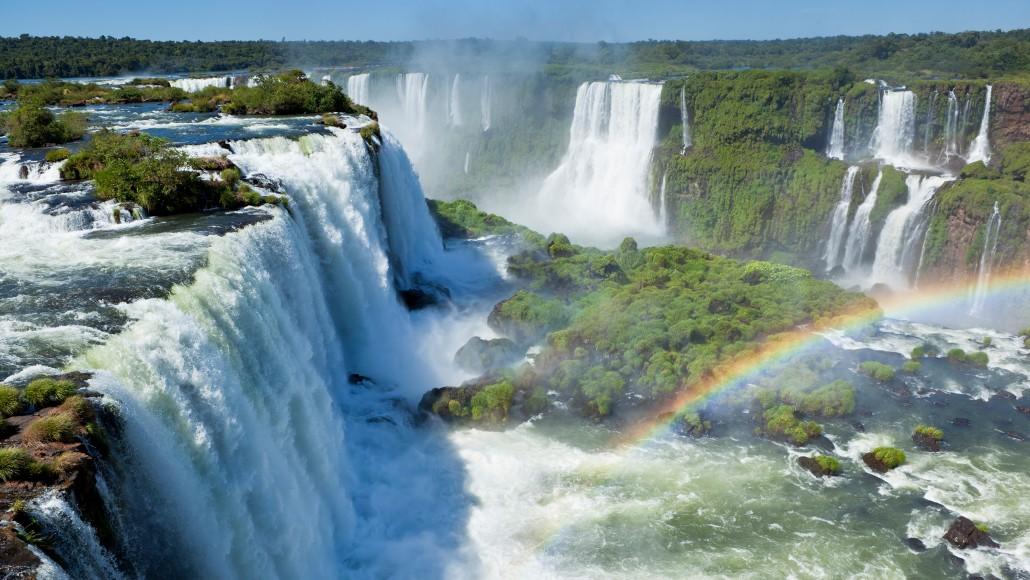 MAI 10                                                     Luxury in Argentina