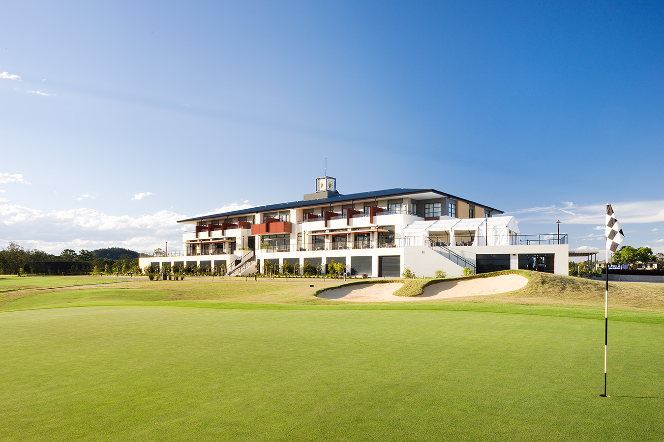 KOOINDAH WATERS GOLF CLUB FOR MAINBRACE