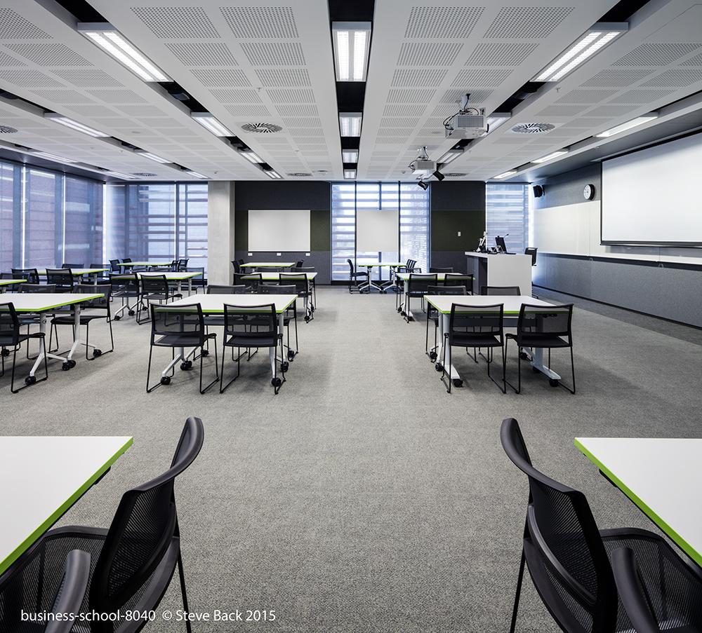 business-school-8040.jpg