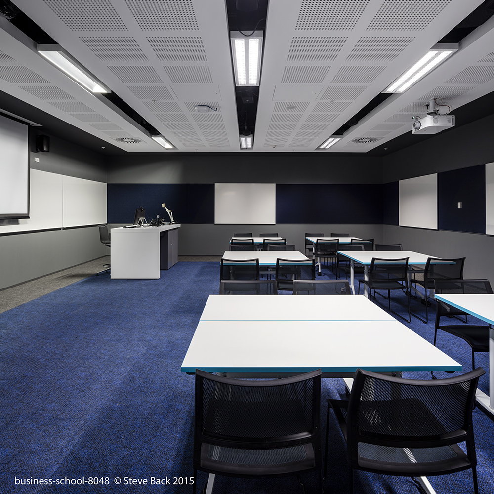 business-school-8048.jpg