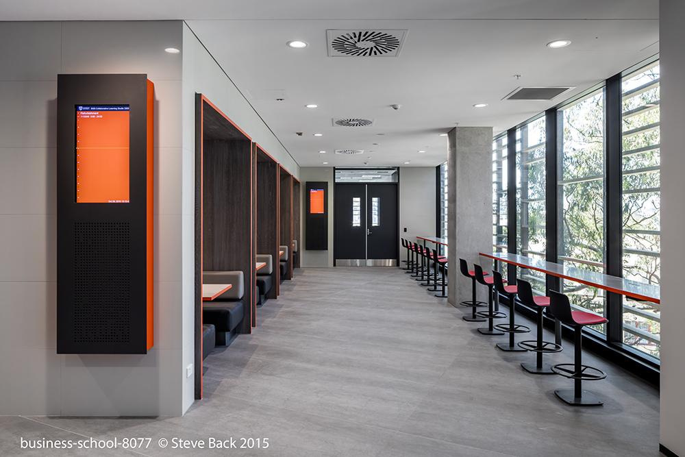 business-school-8077.jpg