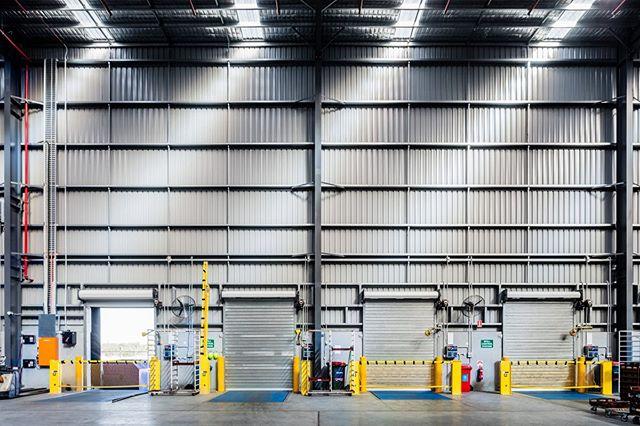 Close the loading bay door.... #industrialabstract #industrialphotography #loadingbay  #goodmanfielder  #darra #queensland #shed  #australia