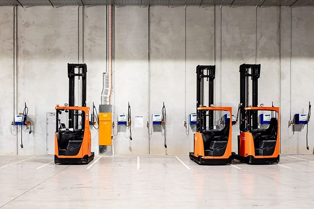 Forklifts at mitre10 Berrinba.  #industrialphotography #forklift #mitre10  #berrinba  #three #shed #logistics #australia