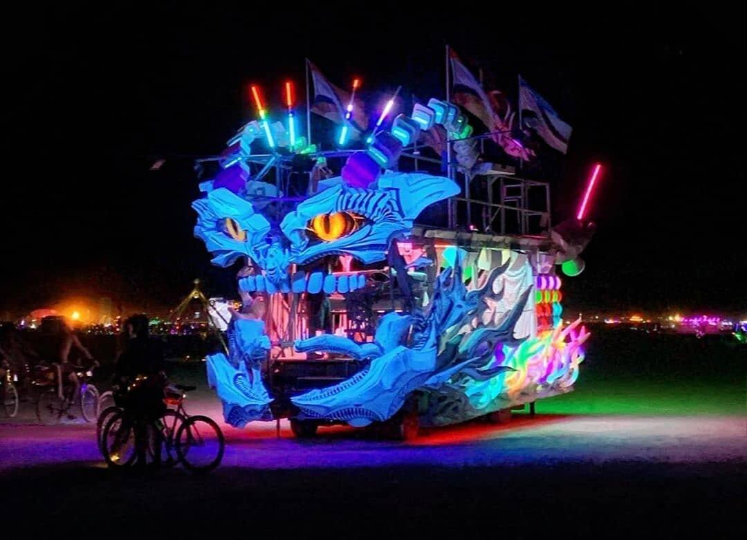 Xuza Art Car