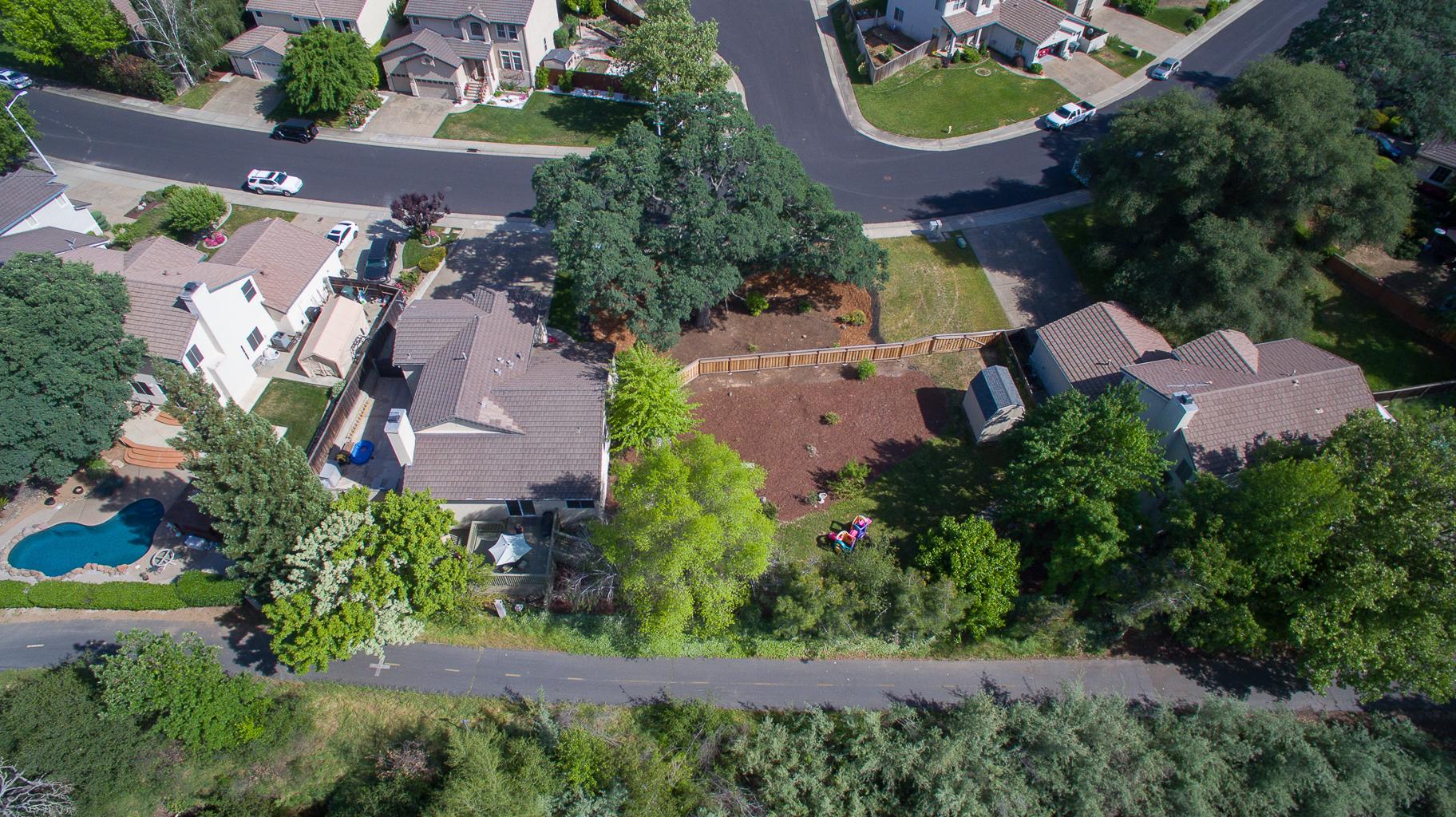 1352 Palmerston Loop - Aerial_4.jpg