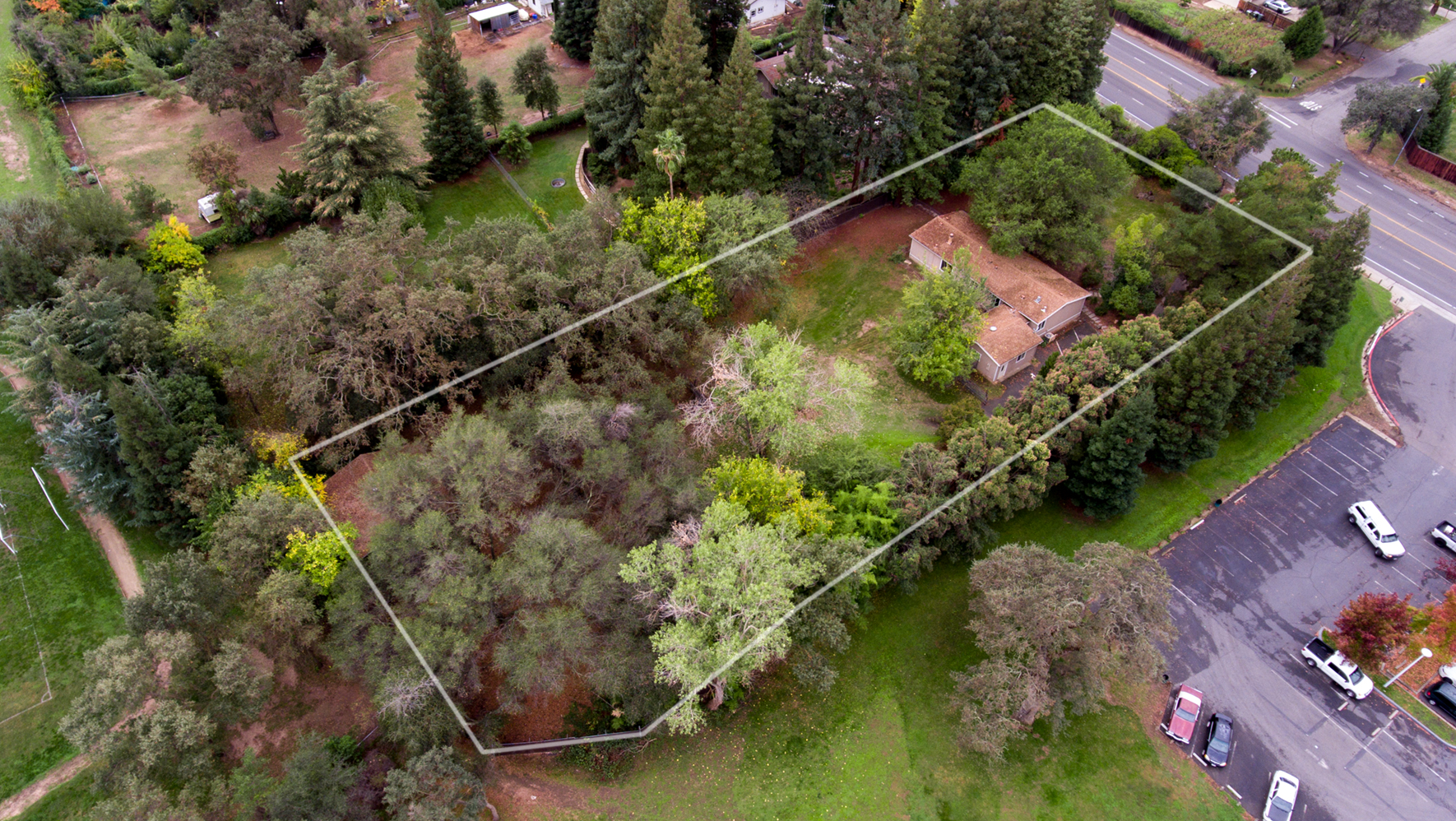 1730 Hazel _aerial-outline.jpg