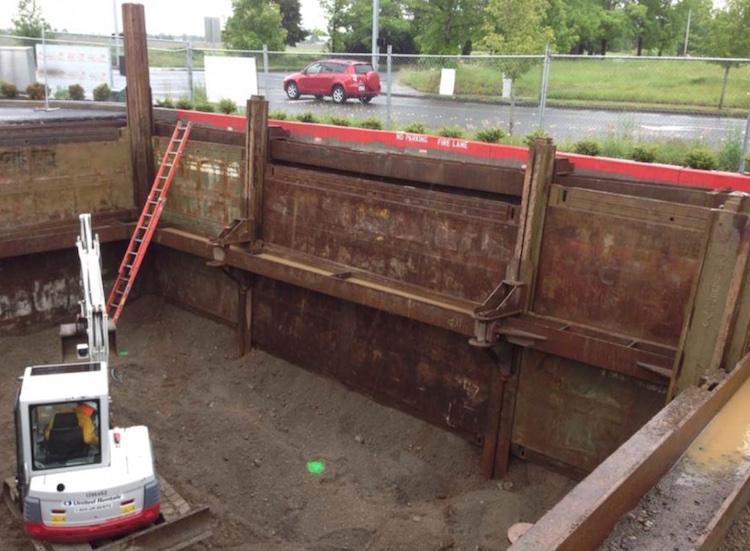slide-rail-clear-span-system-3.jpg