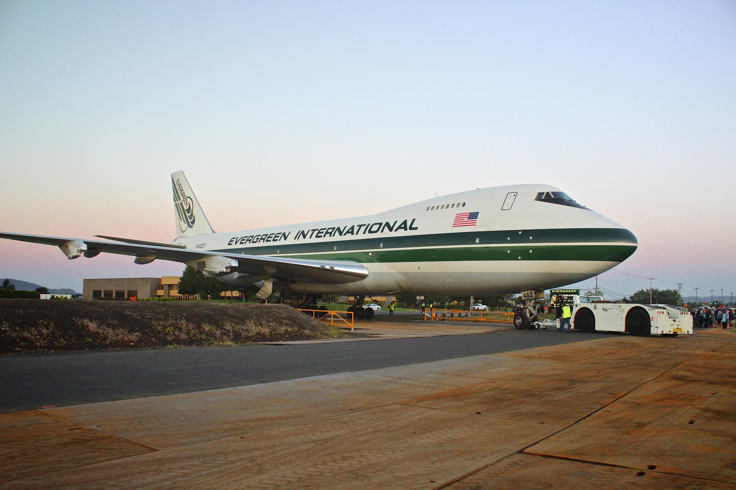 Evergreen Airplane Move 090.jpg