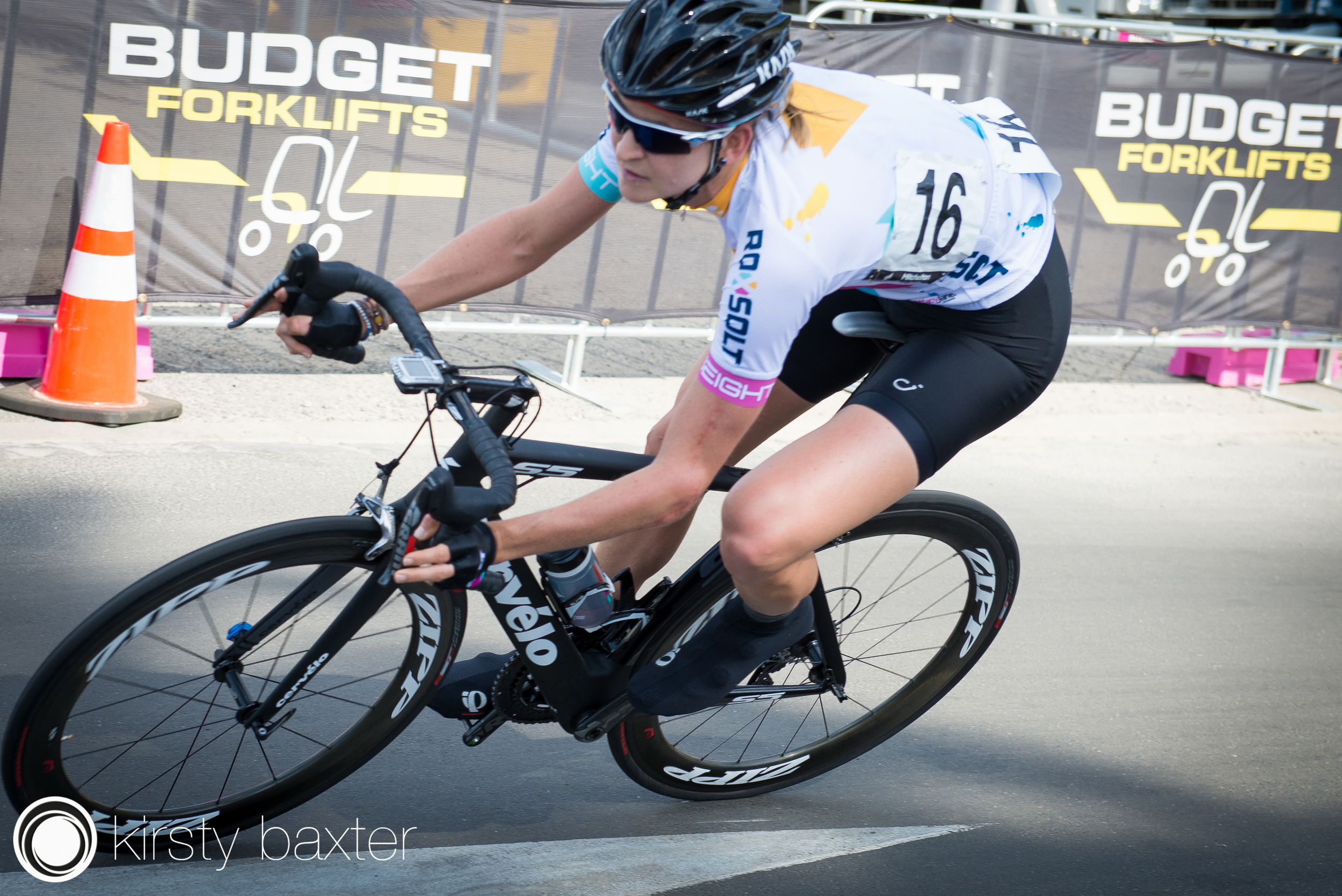 Loren Rowney at the recent Mitchelton Bay Cycling Classic. Photo credit: Kirsty Baxter.
