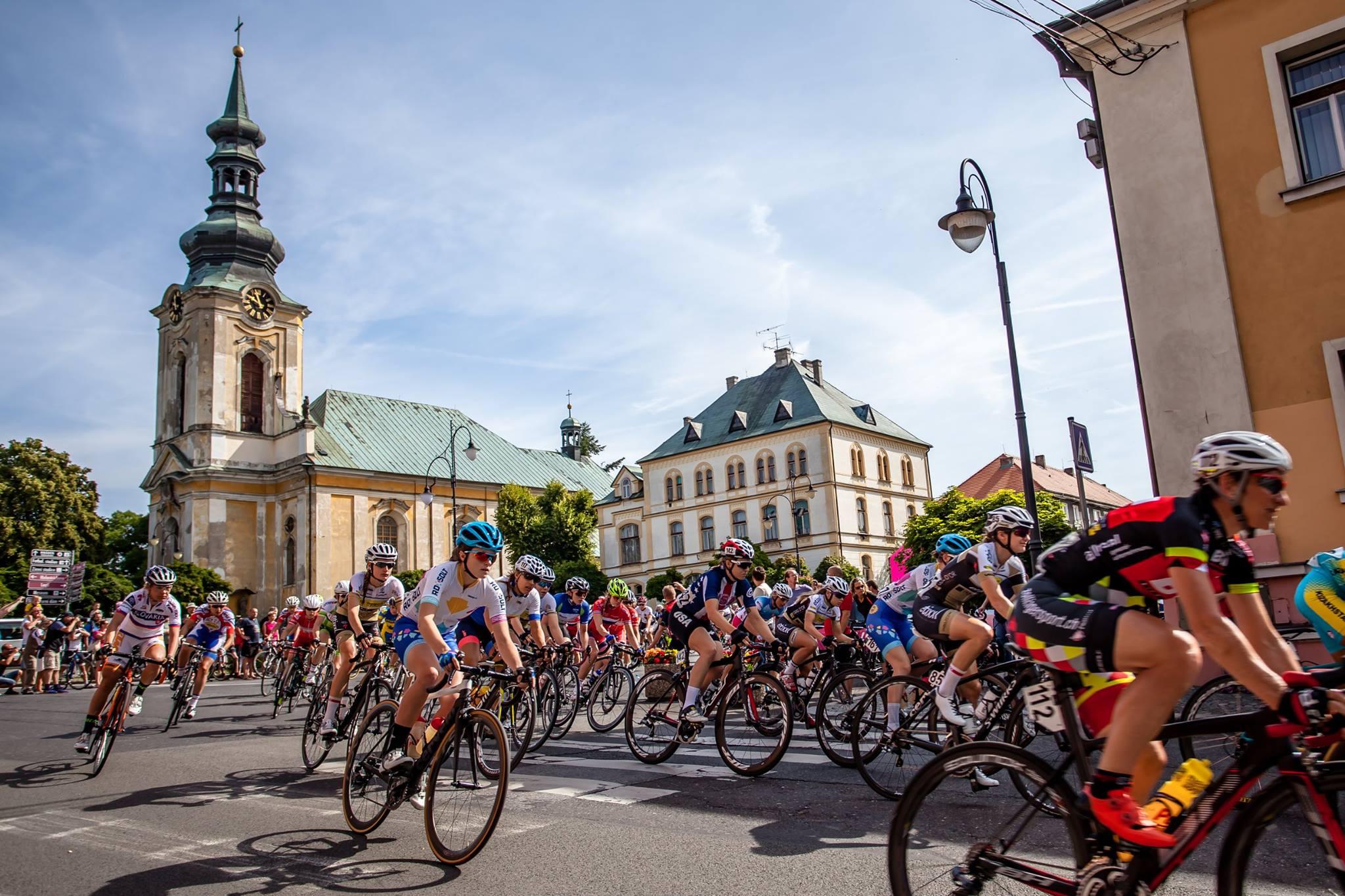 Tour de Feminin Stage 5 - photo credit  Dariusz Krzywanski / Anton Vos