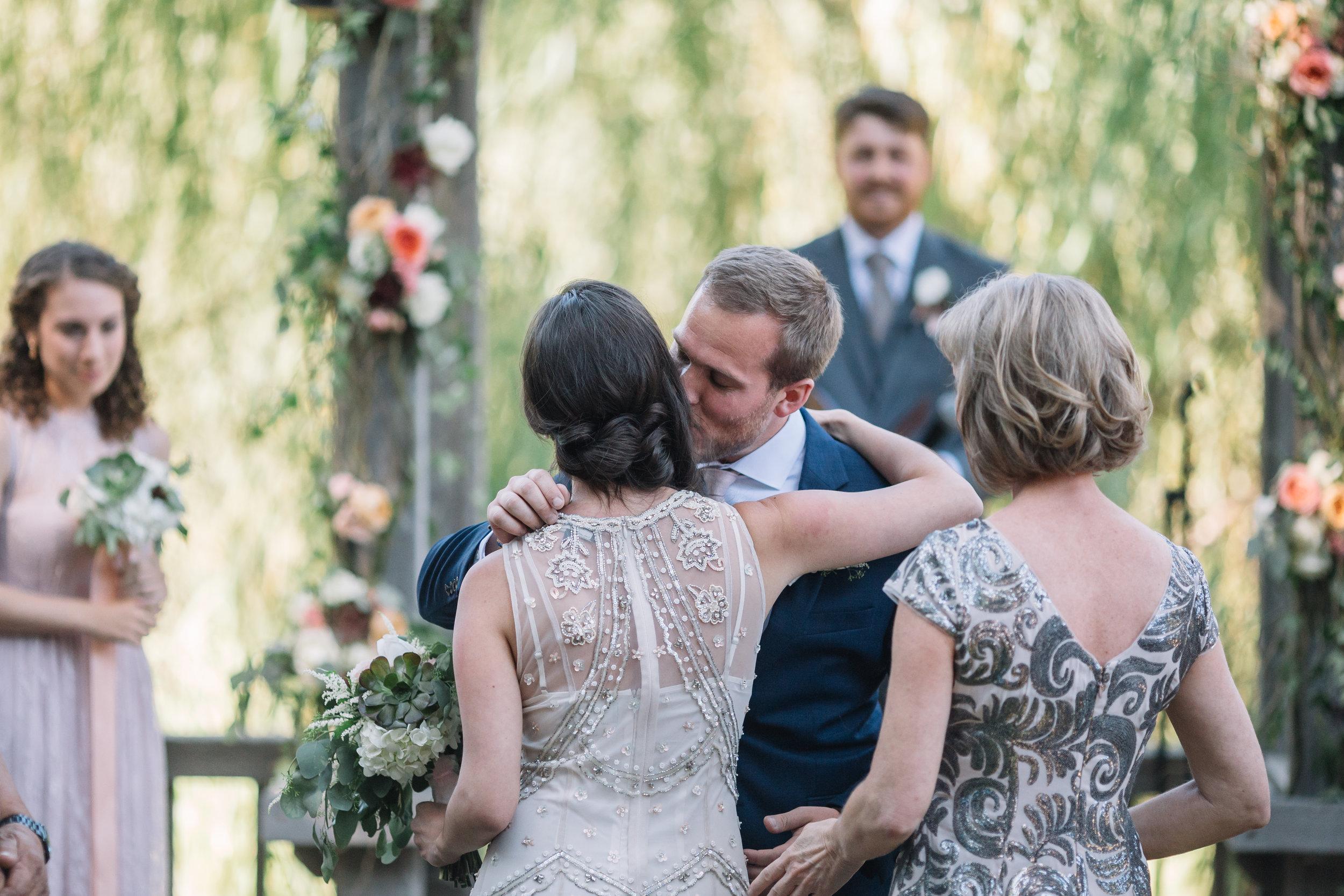 LishaWangPhotography_Carly_Matt_Wedding-102.jpg