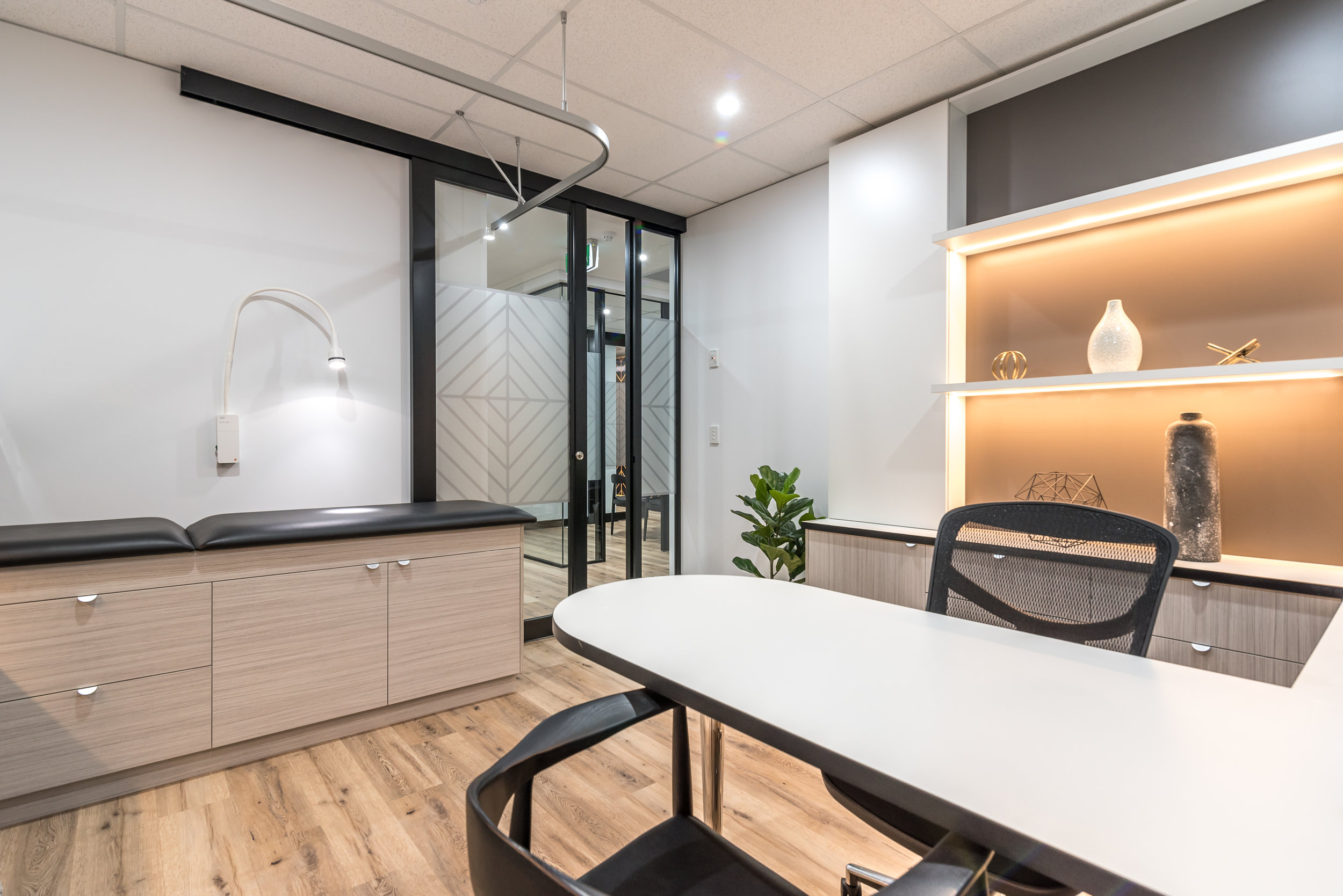 Commodore Dental and Medical Fitout - Sydney-7.jpg