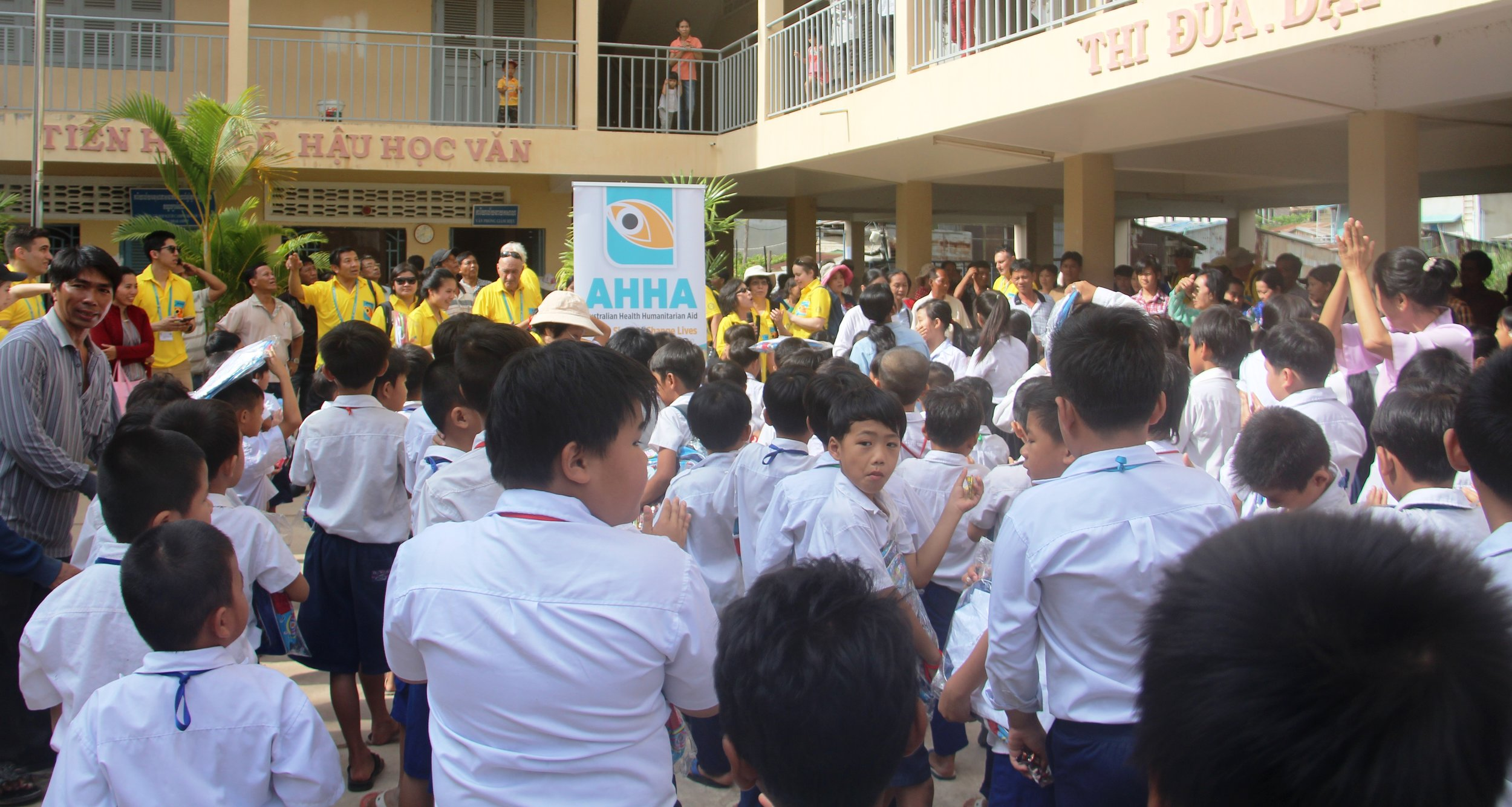 School children receiving gifts
