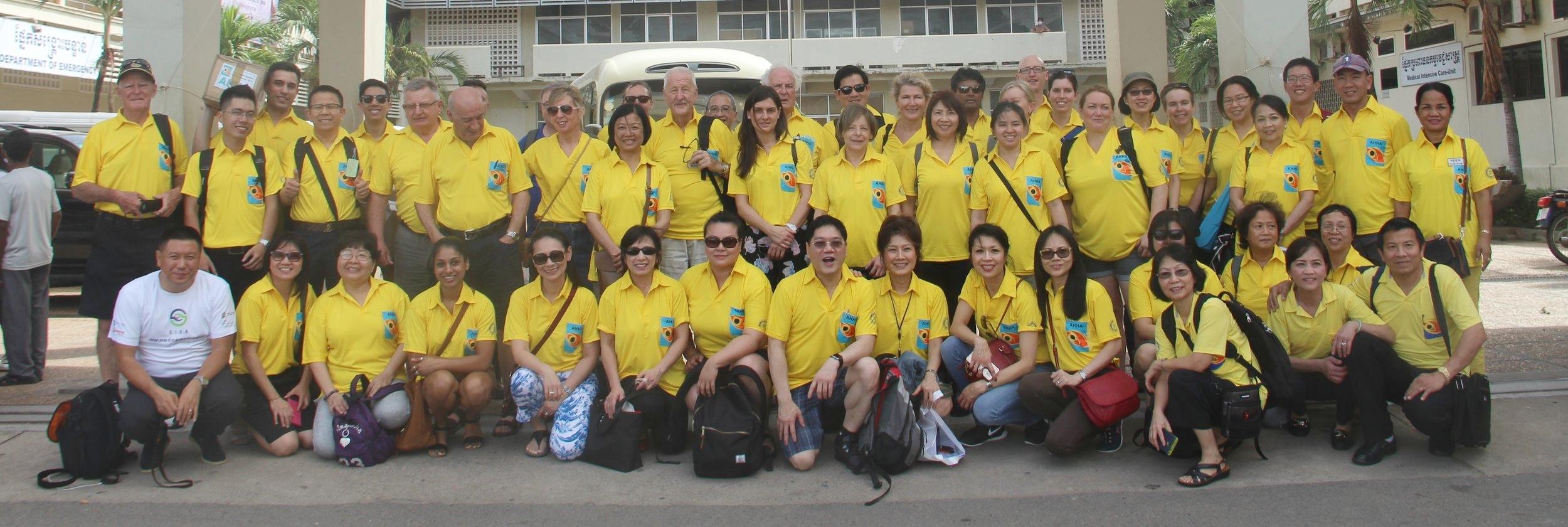 Week 1 volunteers at Khmer Soviet Friendship Hospital