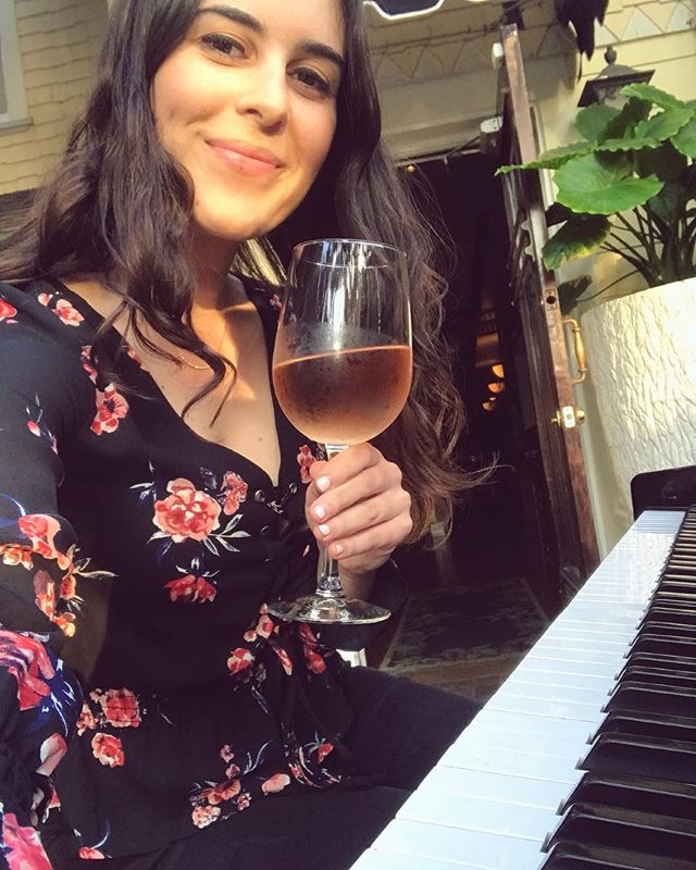 A few of my favorite things🎼🌼🥂 Come join me this Saturday and the next at #casabella in Ventura, 7-10! And be sure to stop by @goodfolkla's showcase in Echo Park this Sunday, too🌿 • • • • • #singersongwriter #womeninmusic #singingpianist #liveperformance #wineanddine #roseallday #originalmusic #lebanese #arabamerican #pianomusic #worldmusic #folkmusic #losangelesevents