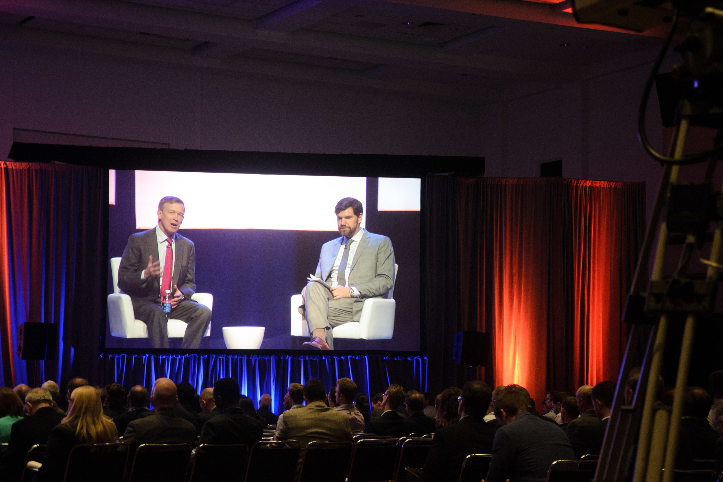 Colorado Governor Mark Hickenlooper (left) discusses Colorado's energy future with ESA Director Matt Roberts.