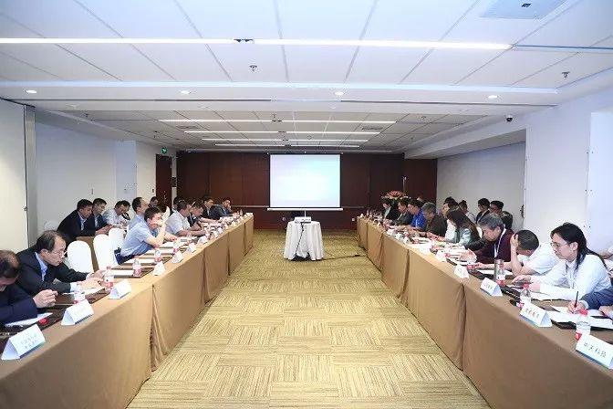 Industry leaders attend the ESIE 2019 China Energy Storage Leaders Closed-Door Seminar