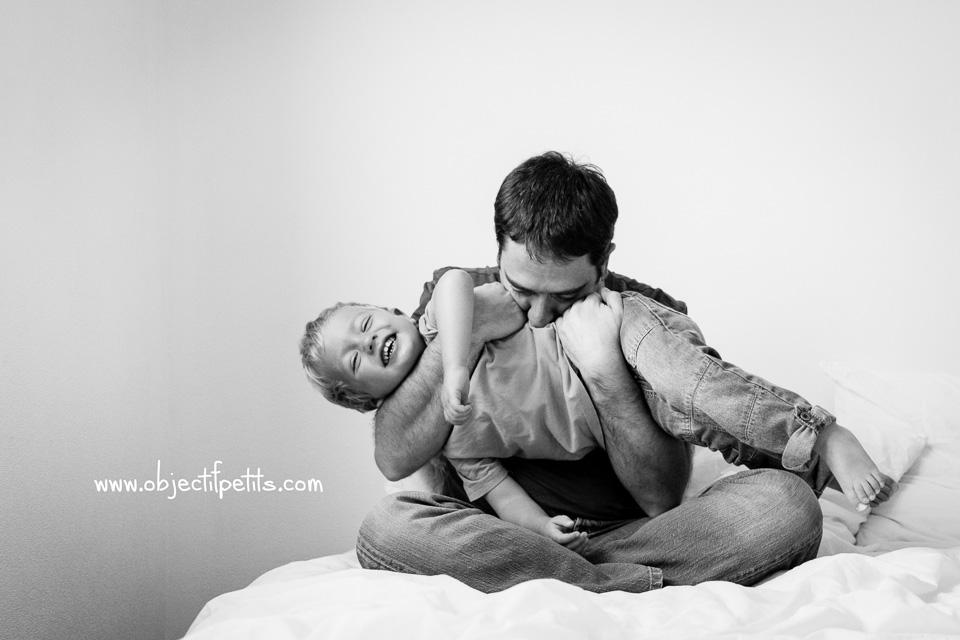 Seance photo famille lifestyle Objectif Petits à Brest, photographe de bébés, enfants et familles