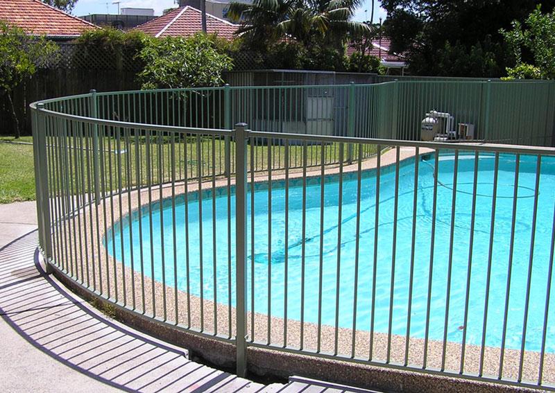 AL Pool Fence 3