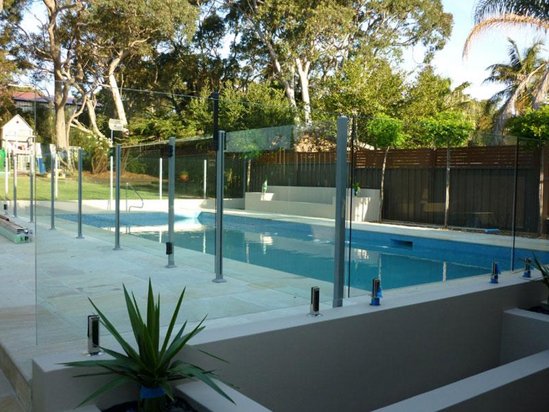 GL Pool Fence 1