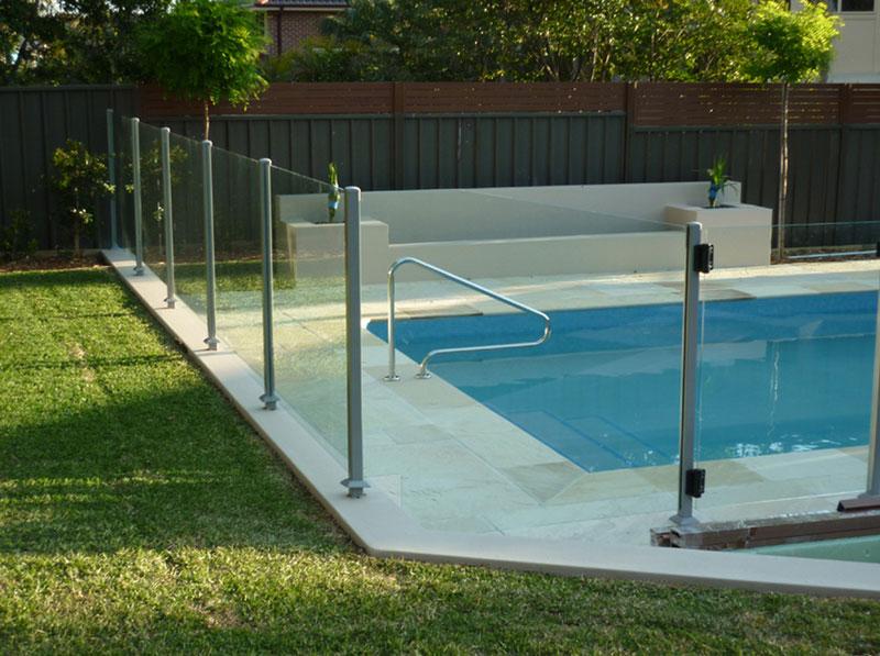 GL Pool Fence 3