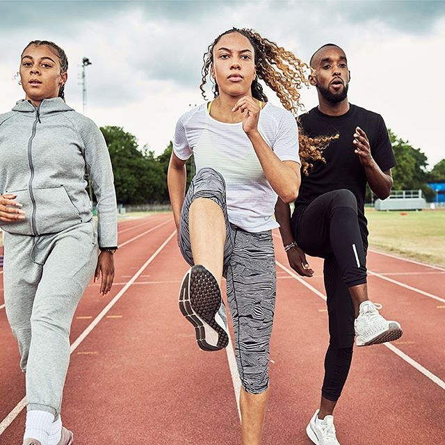 Track practice at Mile End @ellafalkk @tyanna.dale @mileend_camp @chrisantzah #athlete #training #artdirection