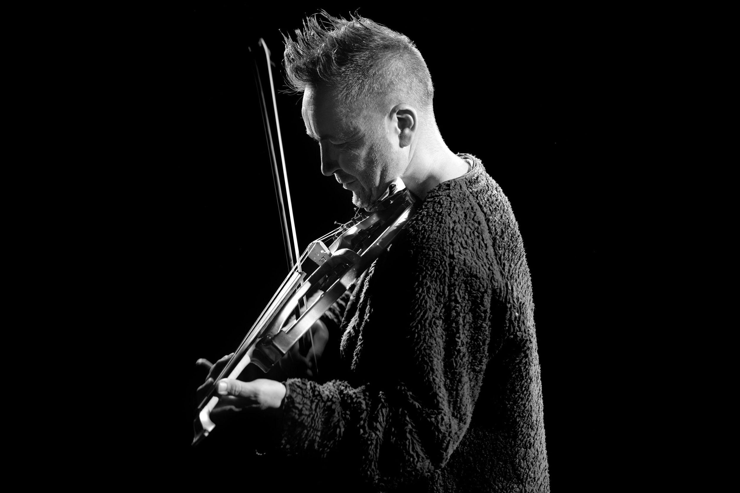 Nigel Kennedy  Violist, Composer