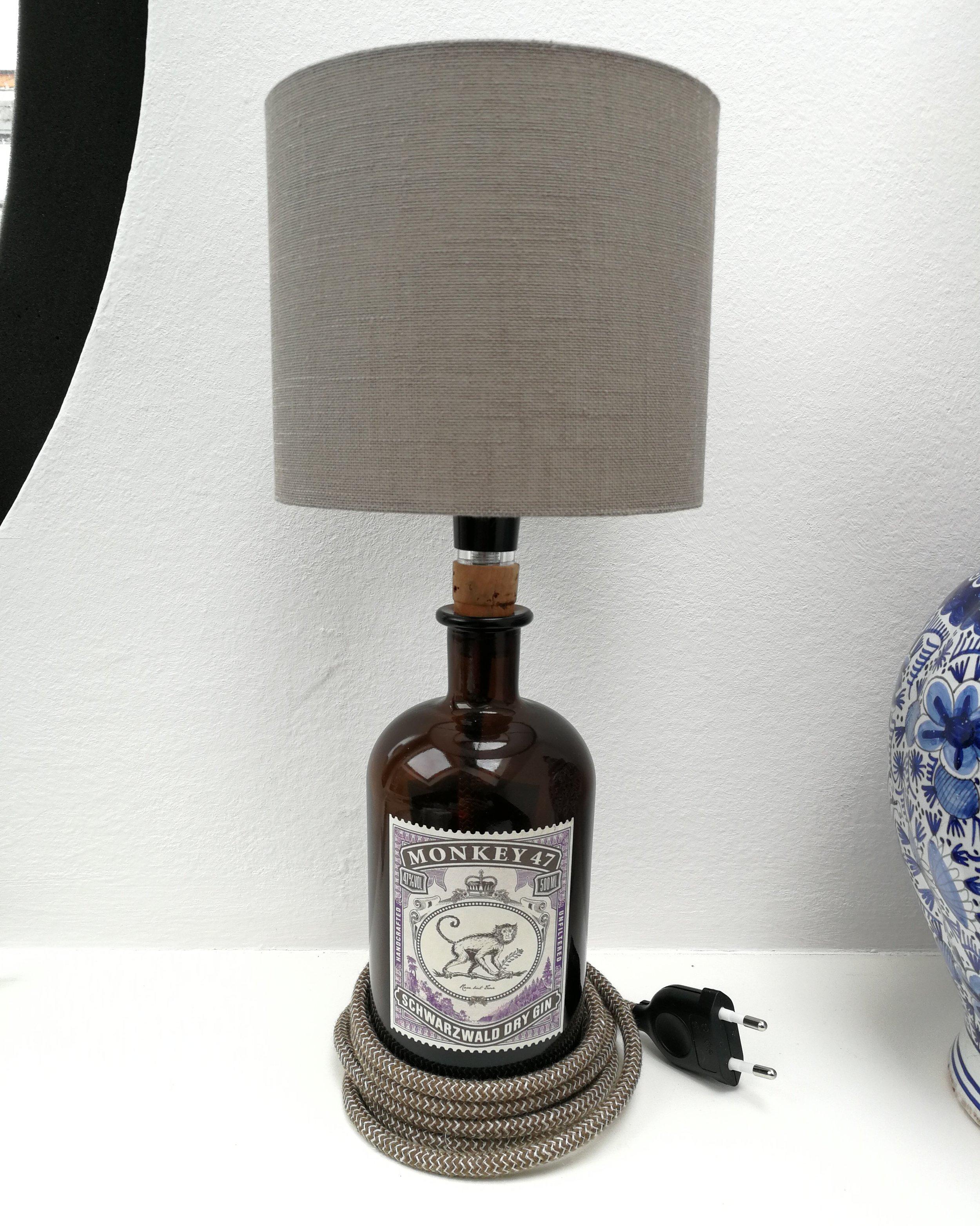Upcycling bottlelamps — OH Interior Design e.U.