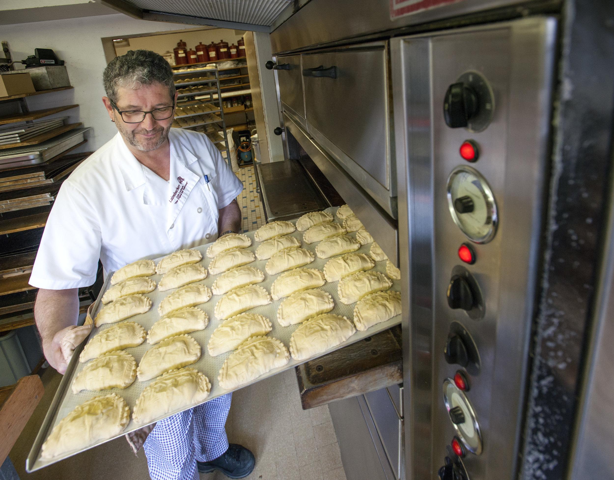 Landsgmend-chrempfli - Das Traditionsgebäck in den Medien